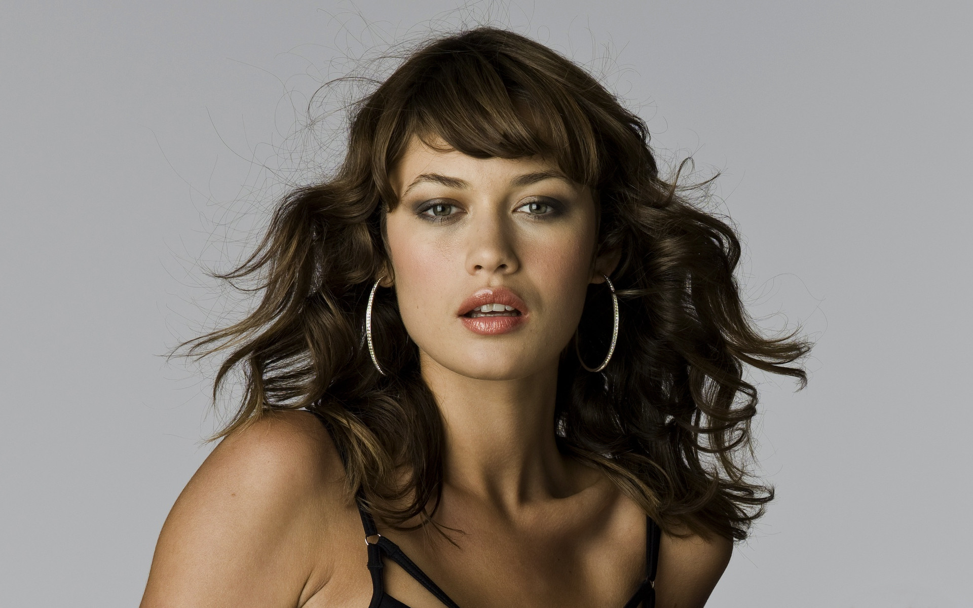 1920x1200 16 Beautiful HD Olga Kurylenko Wallpapers
