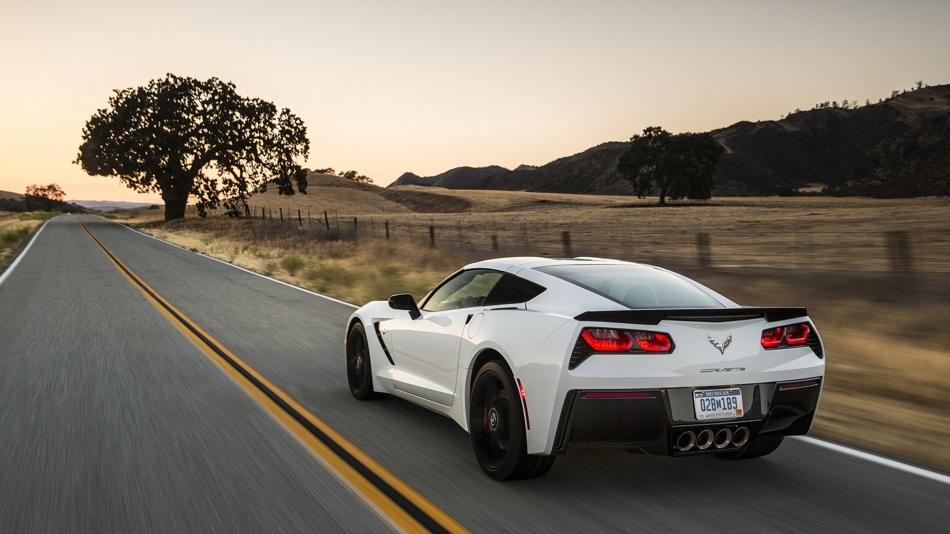 1920x1080 Chevrolet Corvette C7 Stingray 2014 | 1920 x 1080 ...
