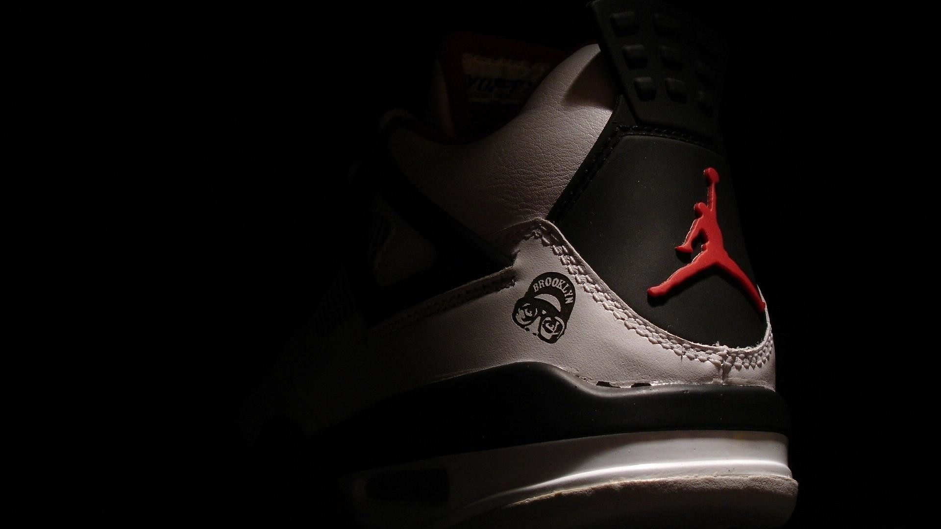 3840x2160 Nike Air Jordan Logo Wallpaper Nike-air-jordan