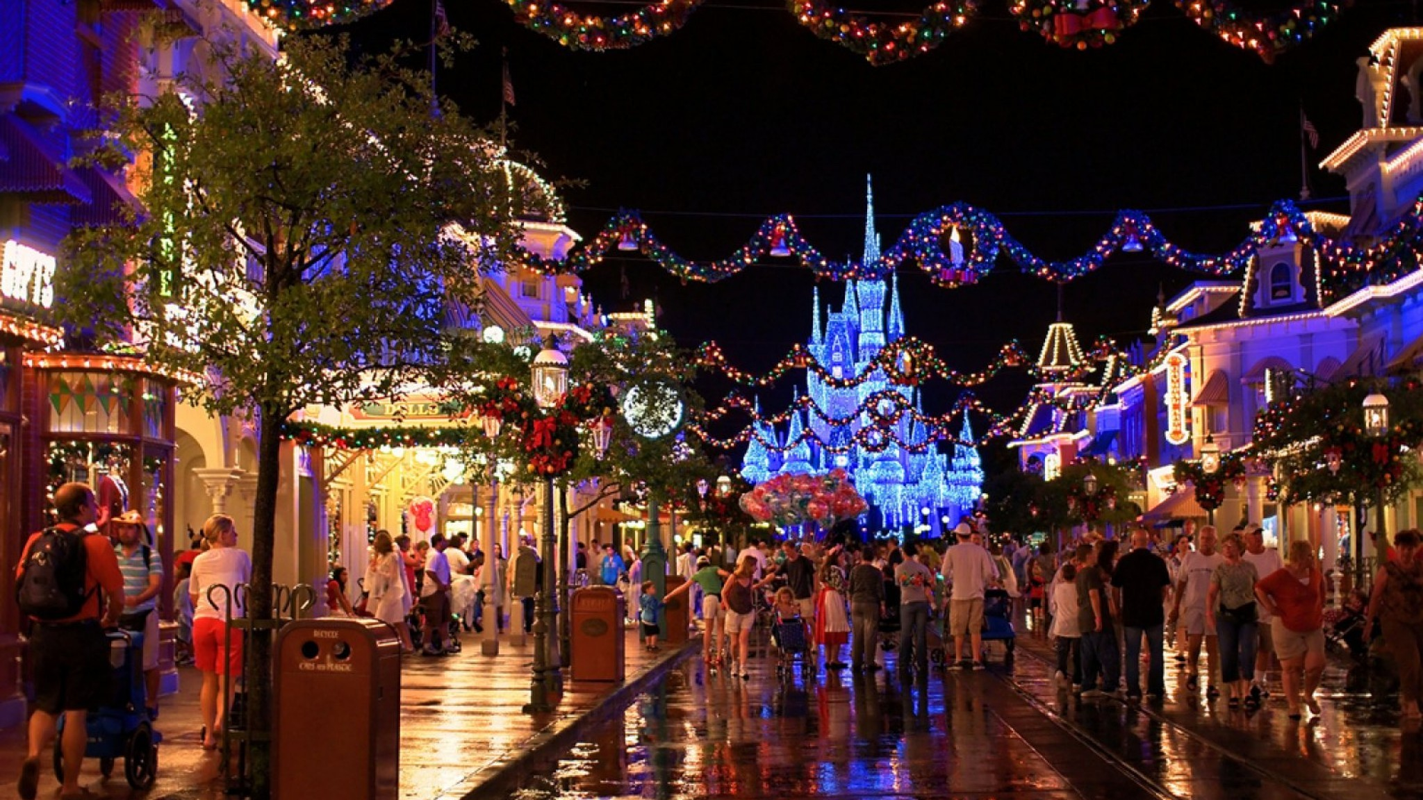 Disney Christmas Background (56+ images)