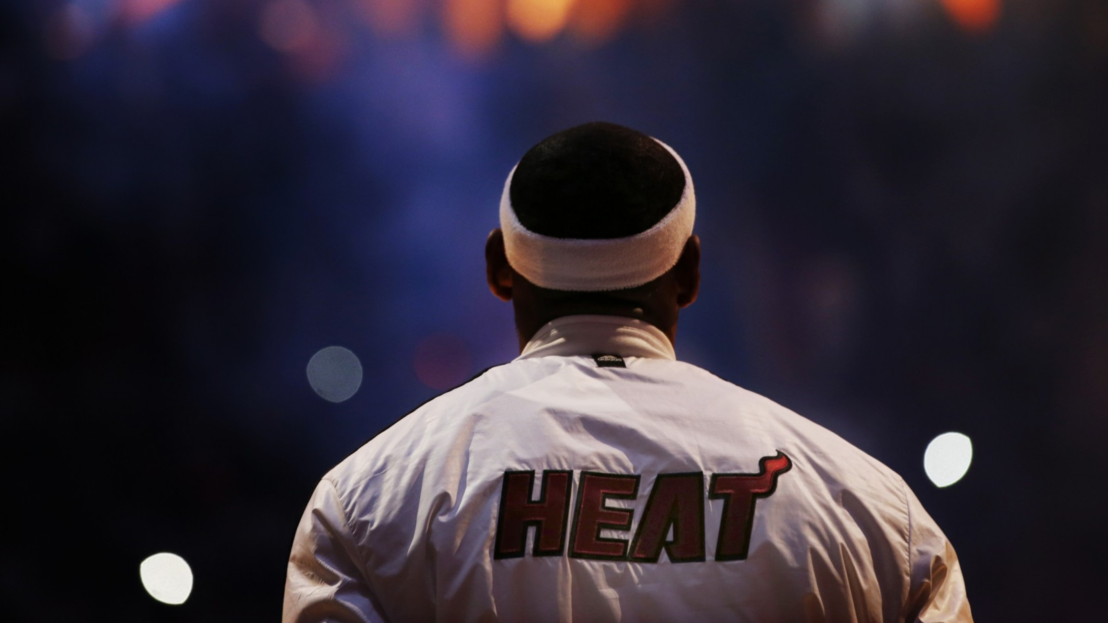 3840x2160  Wallpaper lebron james, miami heat, basketball, sports, nba