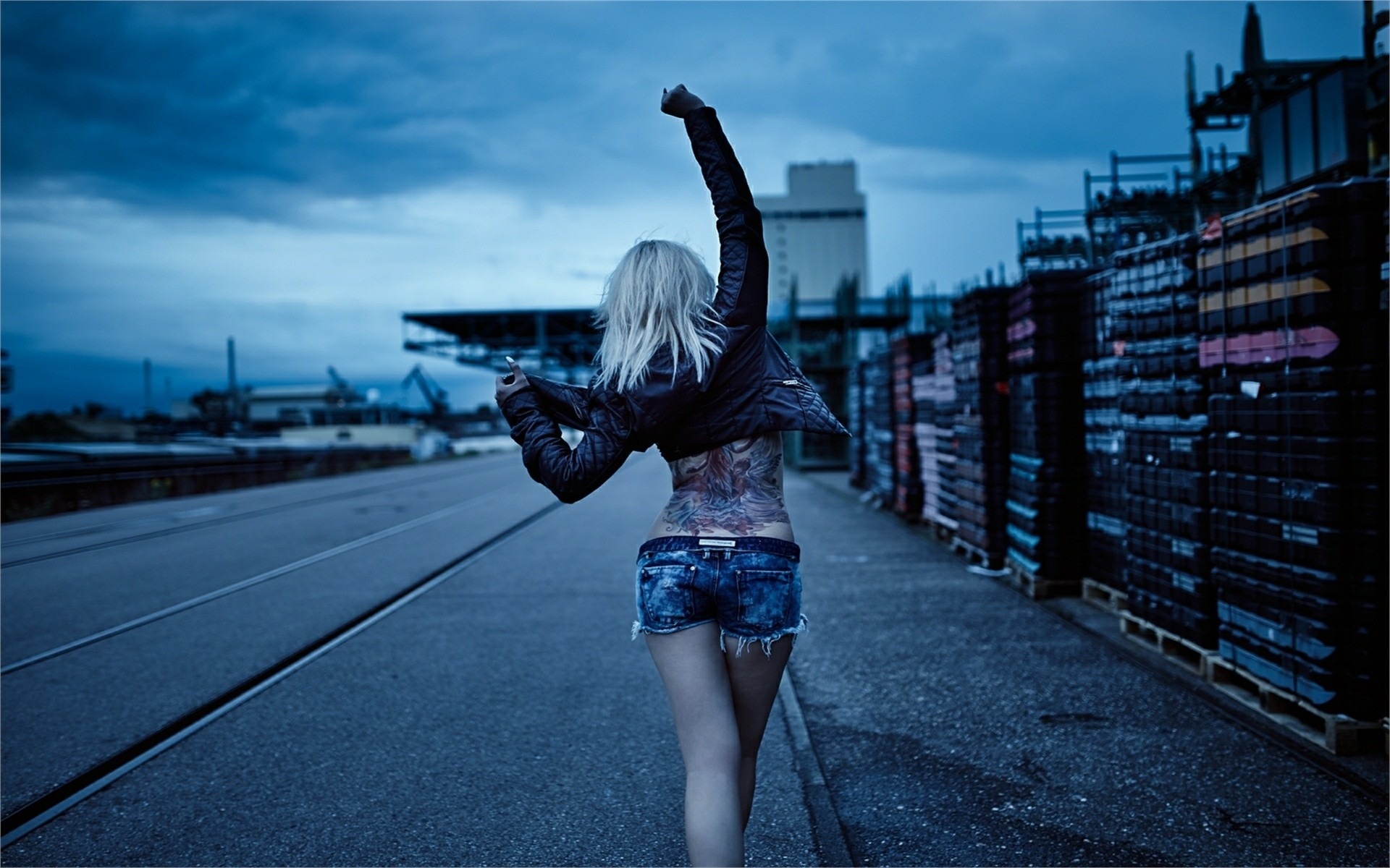 1920x1200 Girl, Jacket. Short Jeans Road, Dance, Tattoo