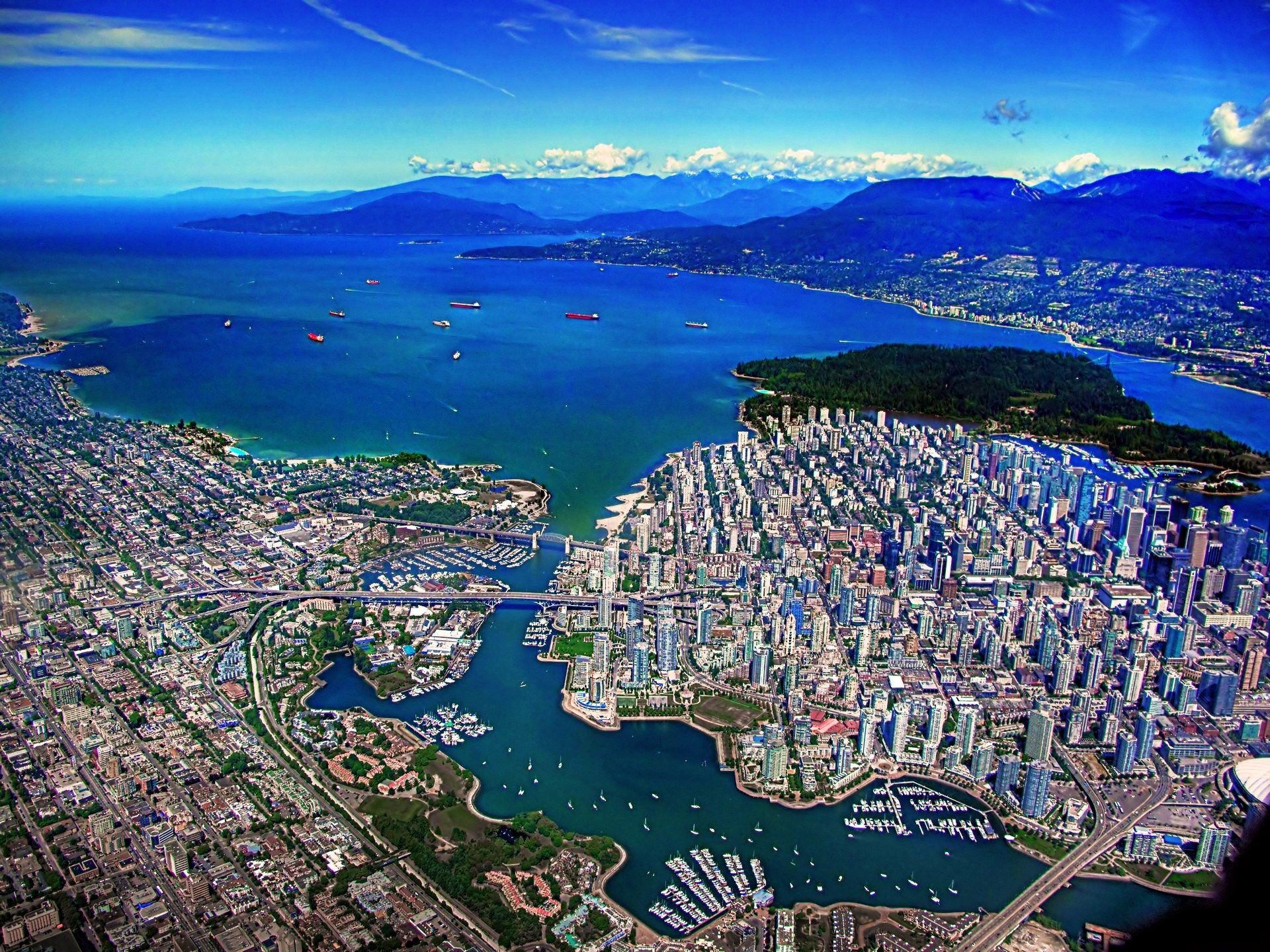 1920x1440 Vancouver Skyline Wallpaper