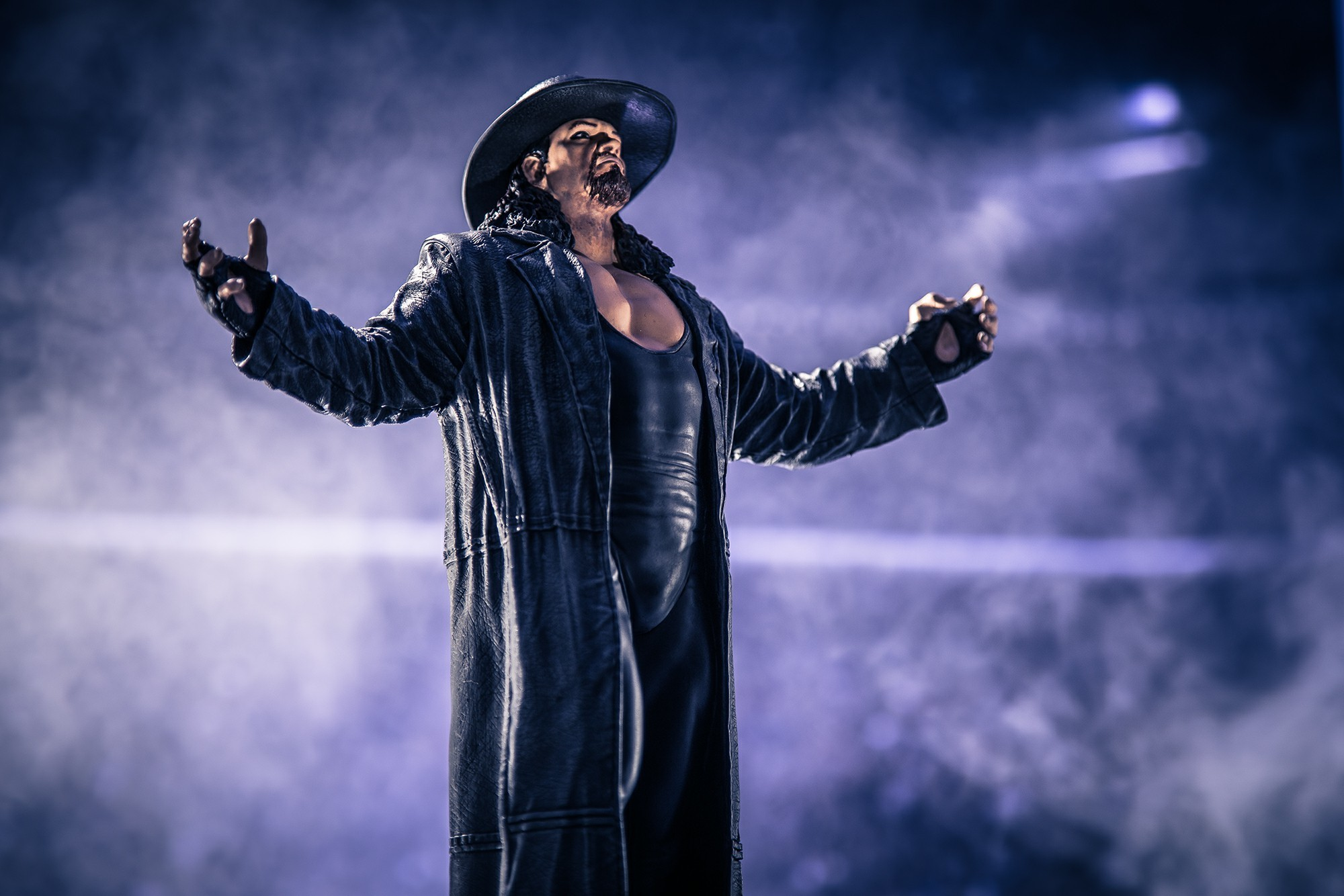 2000x1334 undertaker stylized photo