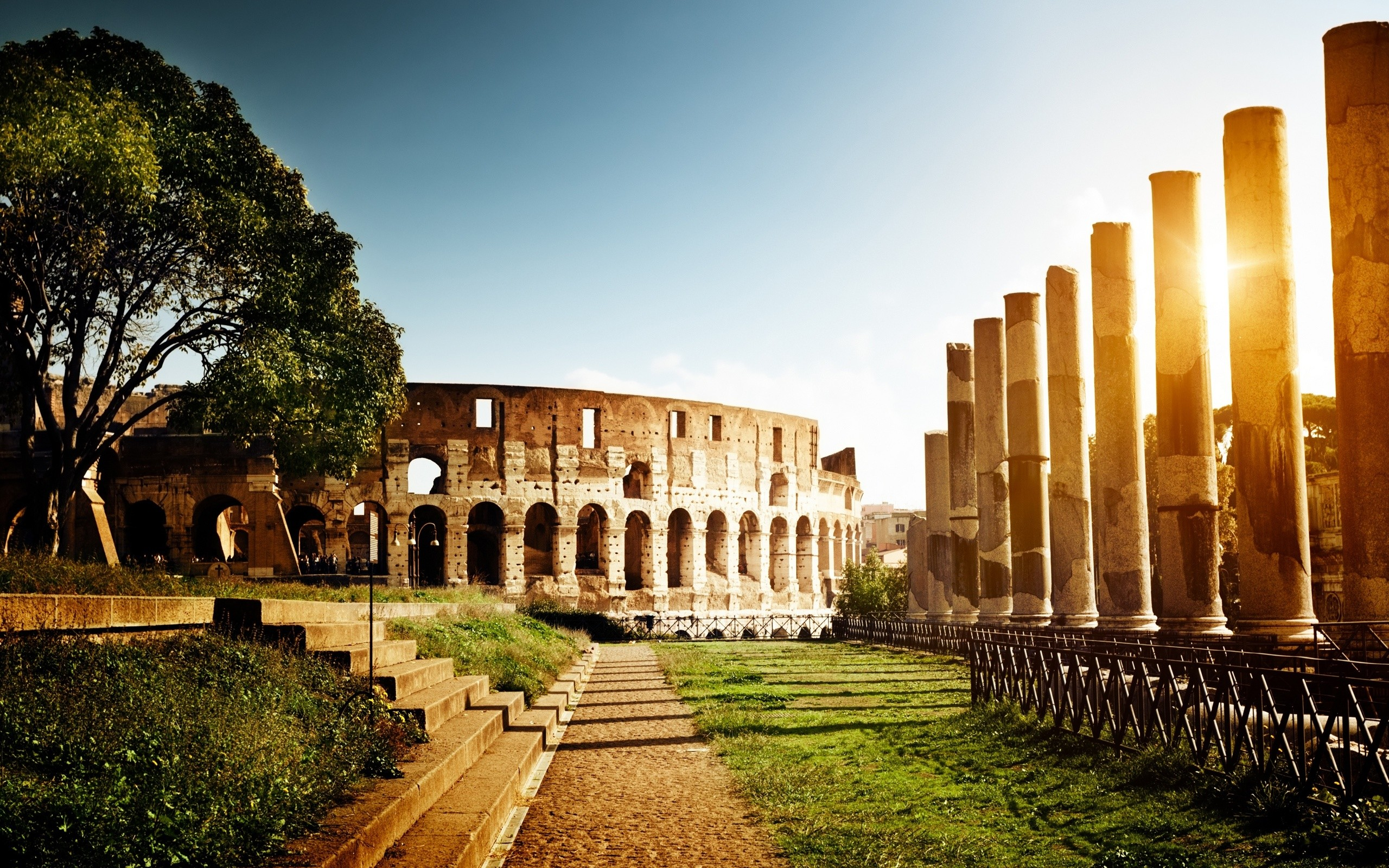 2560x1600 Google Image Result for http://best-wallpaper.net/wallpaper //1211/Colosseum-Italy-architecture-ruins-sun_.jpg | Old  Architechture ...
