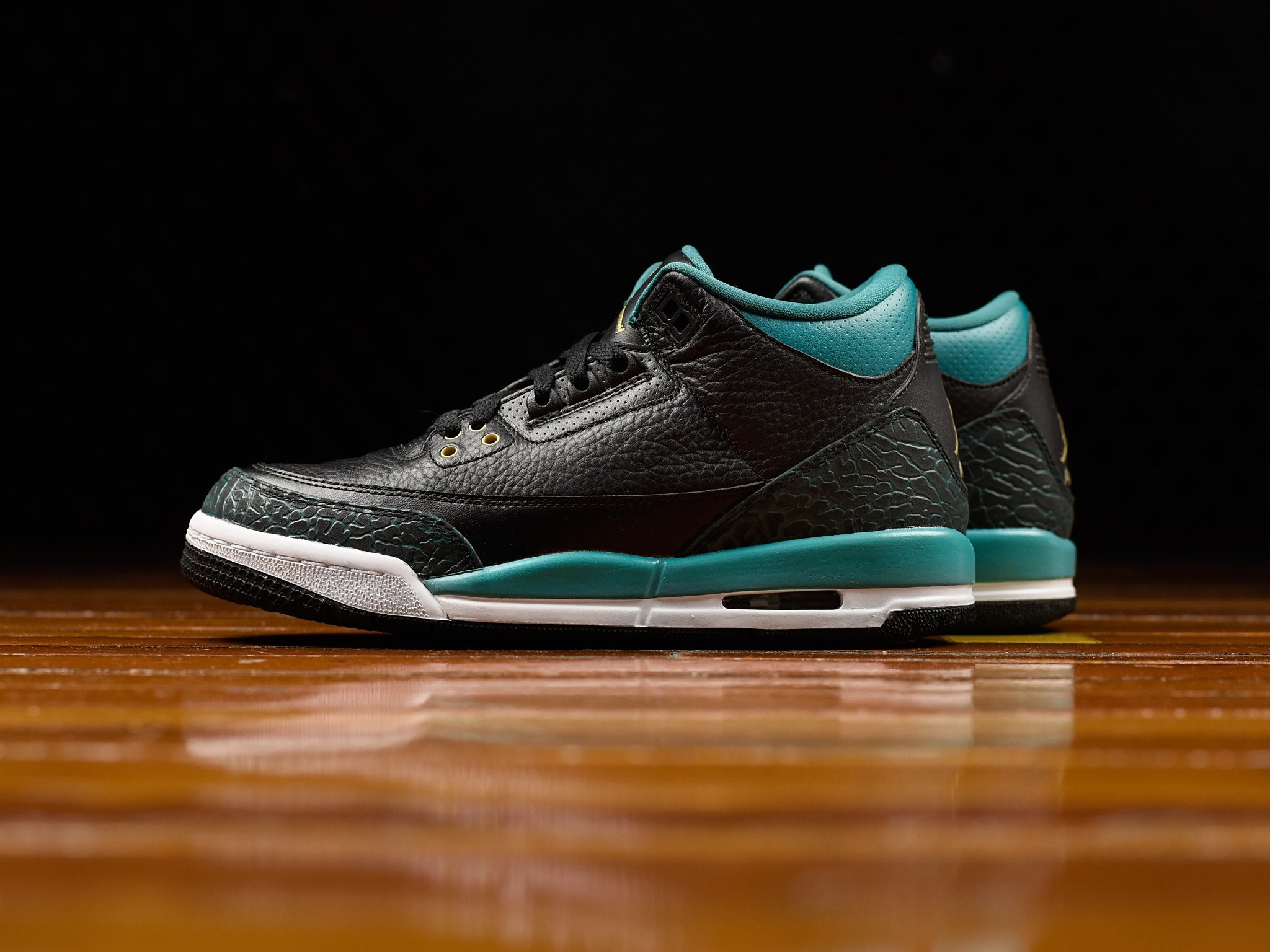 buy online b7565 f2e3b 2048x1536 The Air Jordan 3 GS Rio Teal Arrives This Weekend. Download ·  2048x1536