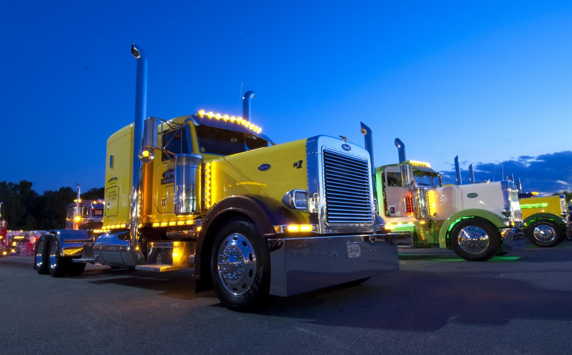 1920x1193 Peterbilt wallpapers HD quality