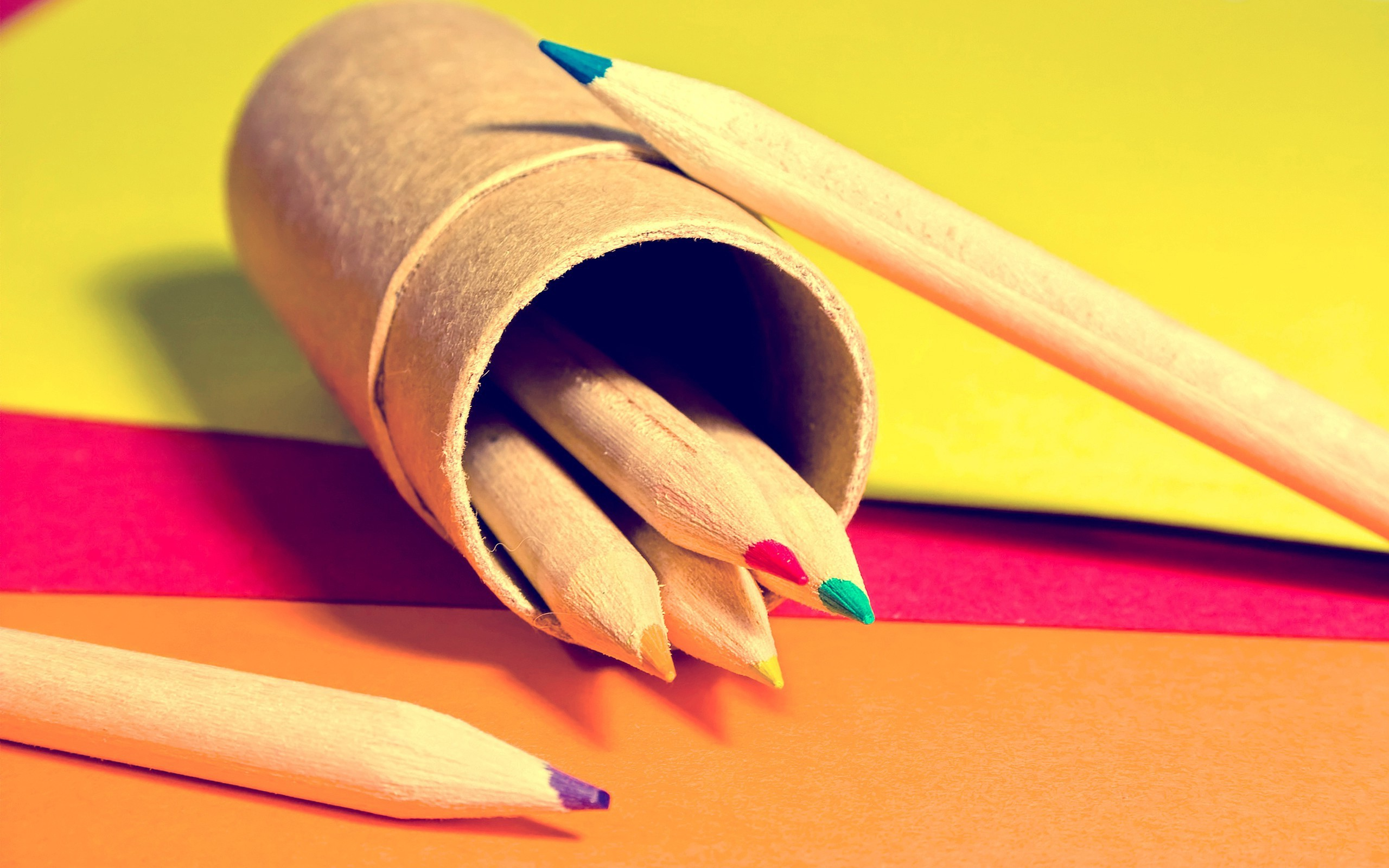2560x1600 Colored Pencils wallpapers and stock photos