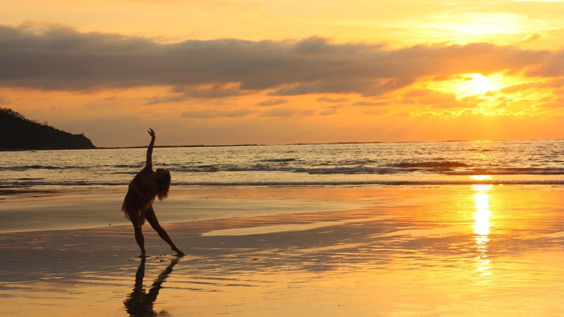 1920x1200 Sea Beach Sunset Hd Widescreen New Wallpaper Desktop Background Image Free Full Download High Resolution Photos