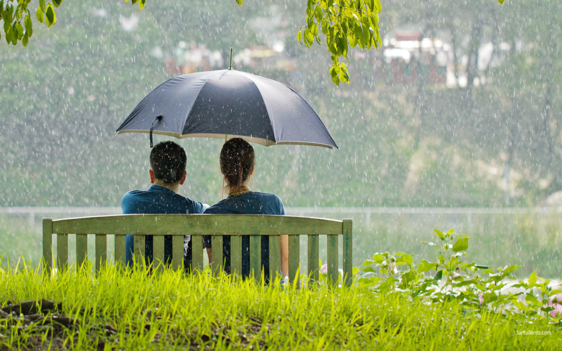 1920x1200 Love Couple Sitting together in rain