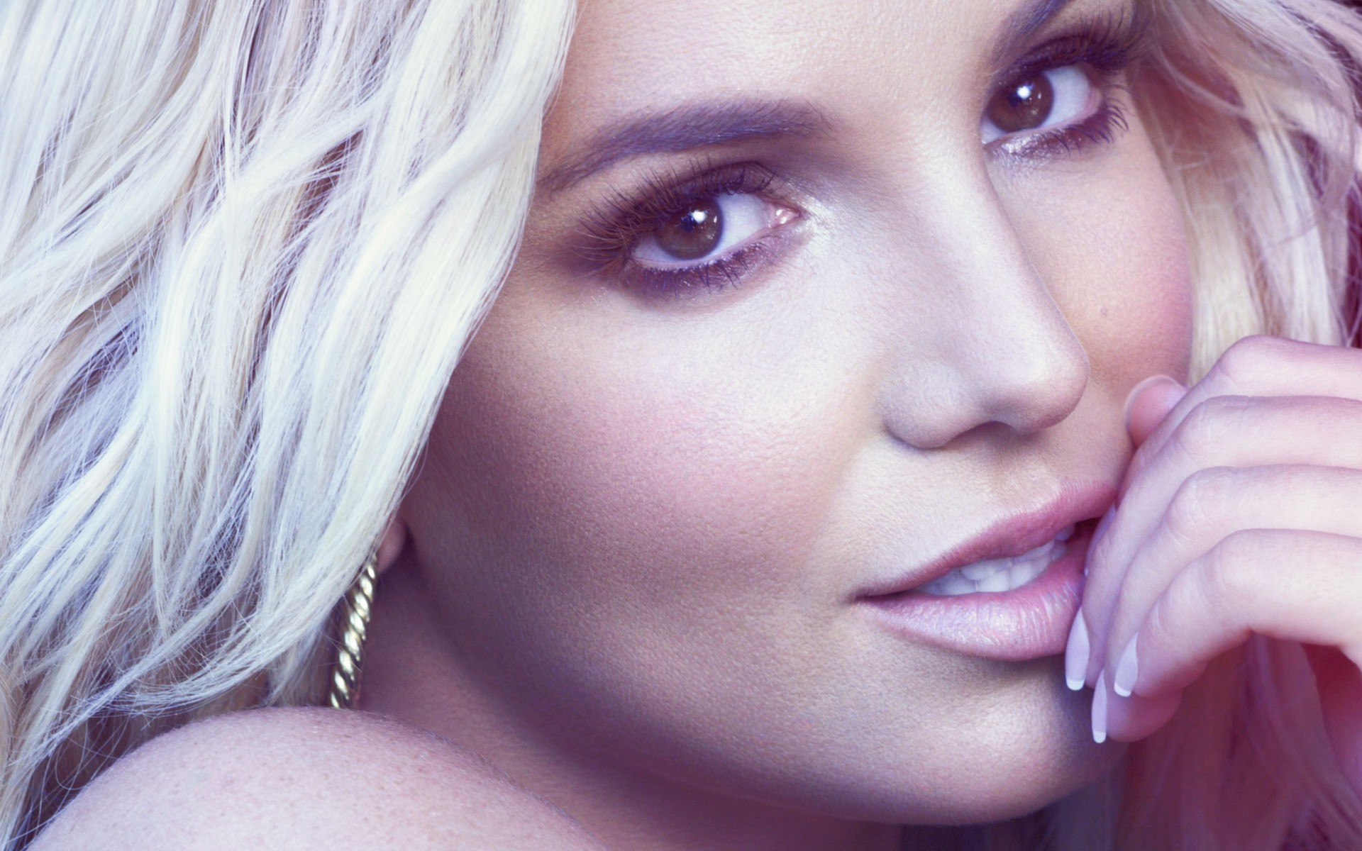 1920x1200 Britney Spears 2016 Wallpaper 00763