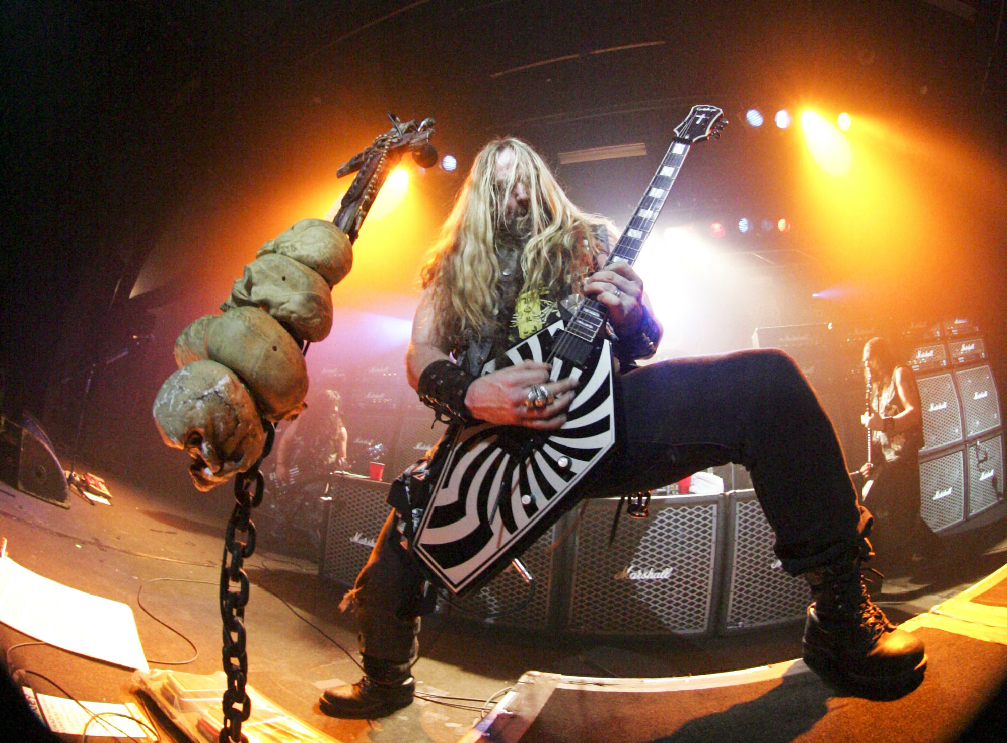 2000x1476 Black Label Society heavy metal zakk wylde guitar f wallpaper |  |  45946 | WallpaperUP