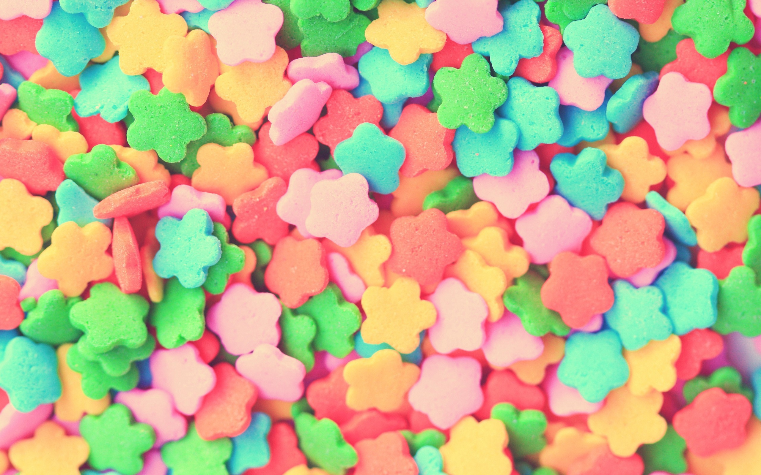 2560x1600 15 Wonderful HD Candy Wallpapers