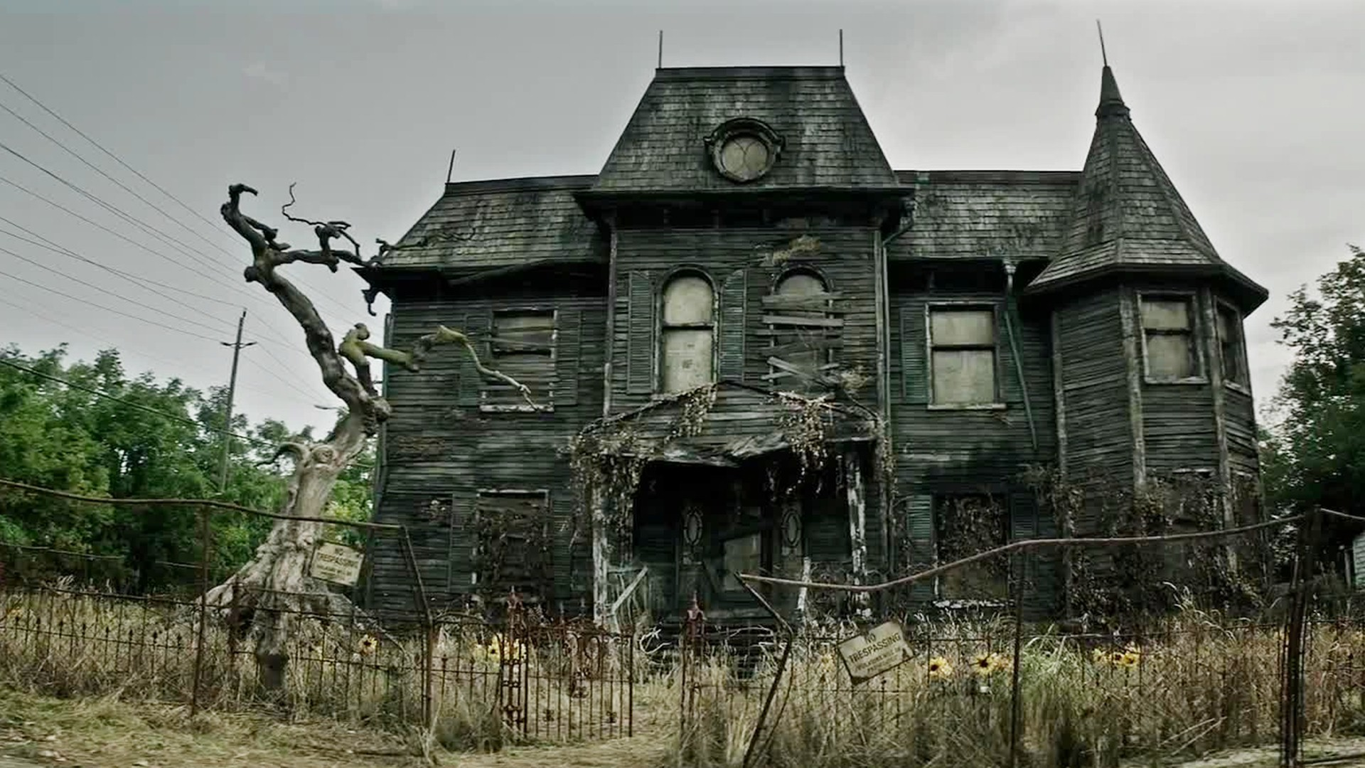 Haunted house wallpapers 62 images for House wallpaper