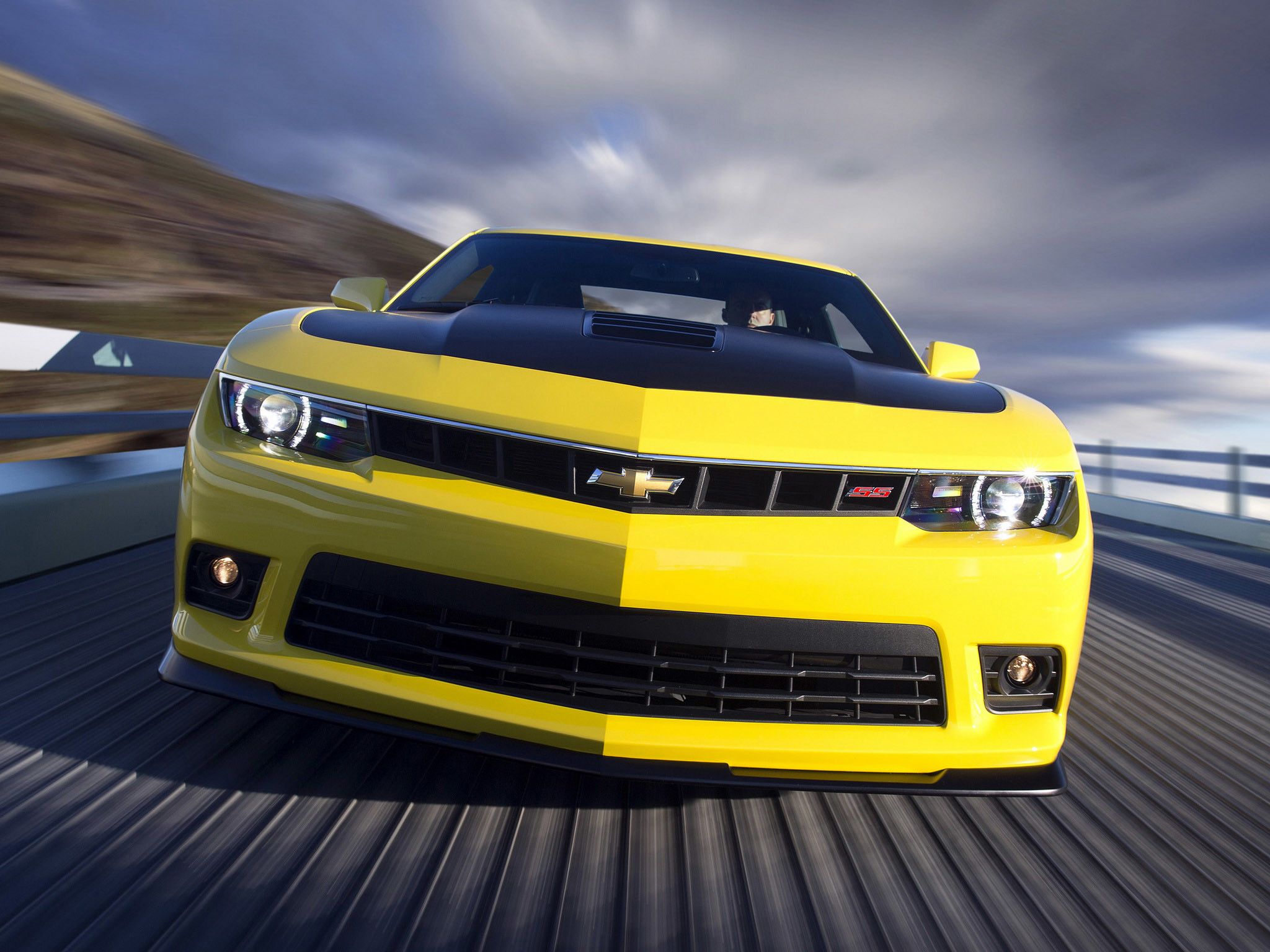 2048x1536 Chevrolet Camaro 2015 Z28 Yellow Car Wallpapers Android