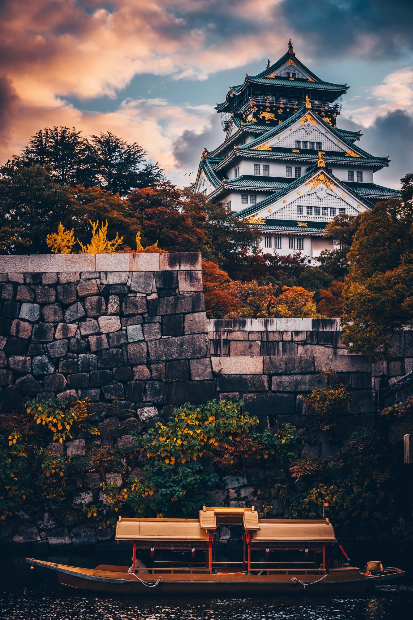 1335x2000 japan - osaka castle by tomoya mino_japan