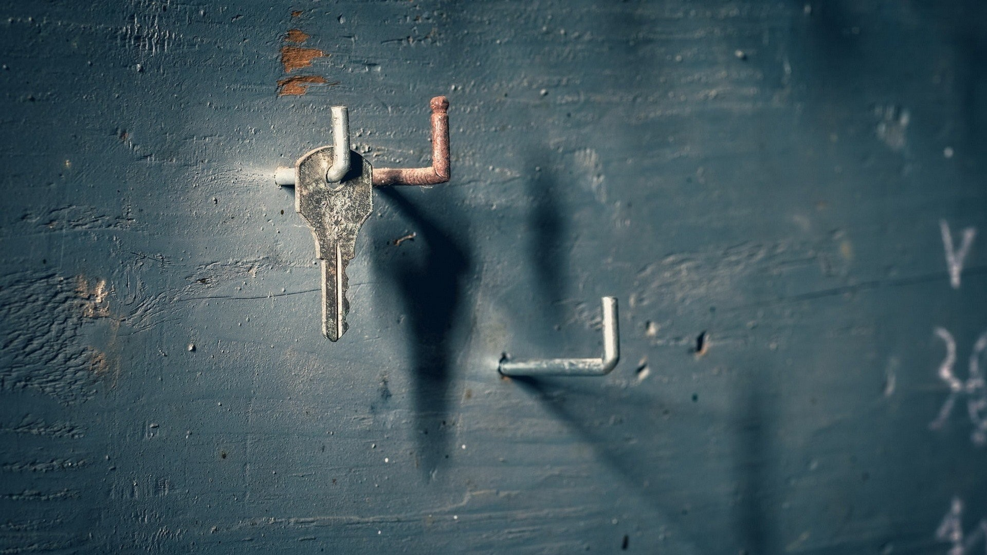 1920x1080 walls, Minimalism, Simple, Wood, Nails, Keys, Shadow, Rust,