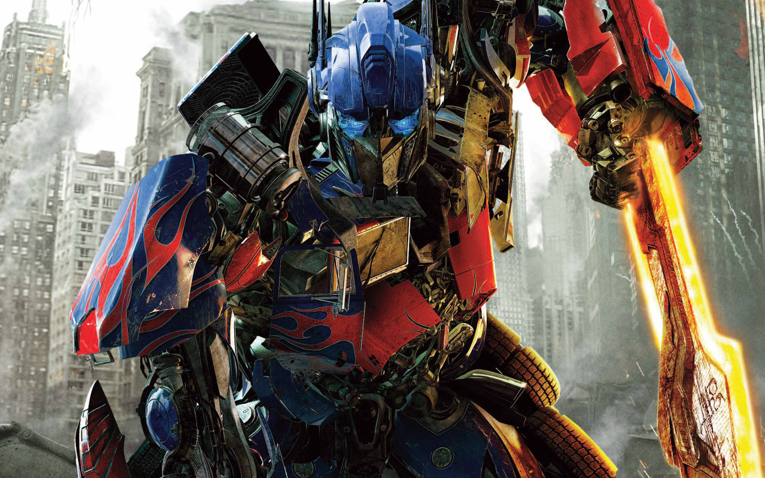 2560x1600  Optimus Prime Transformers Dark of The Moon