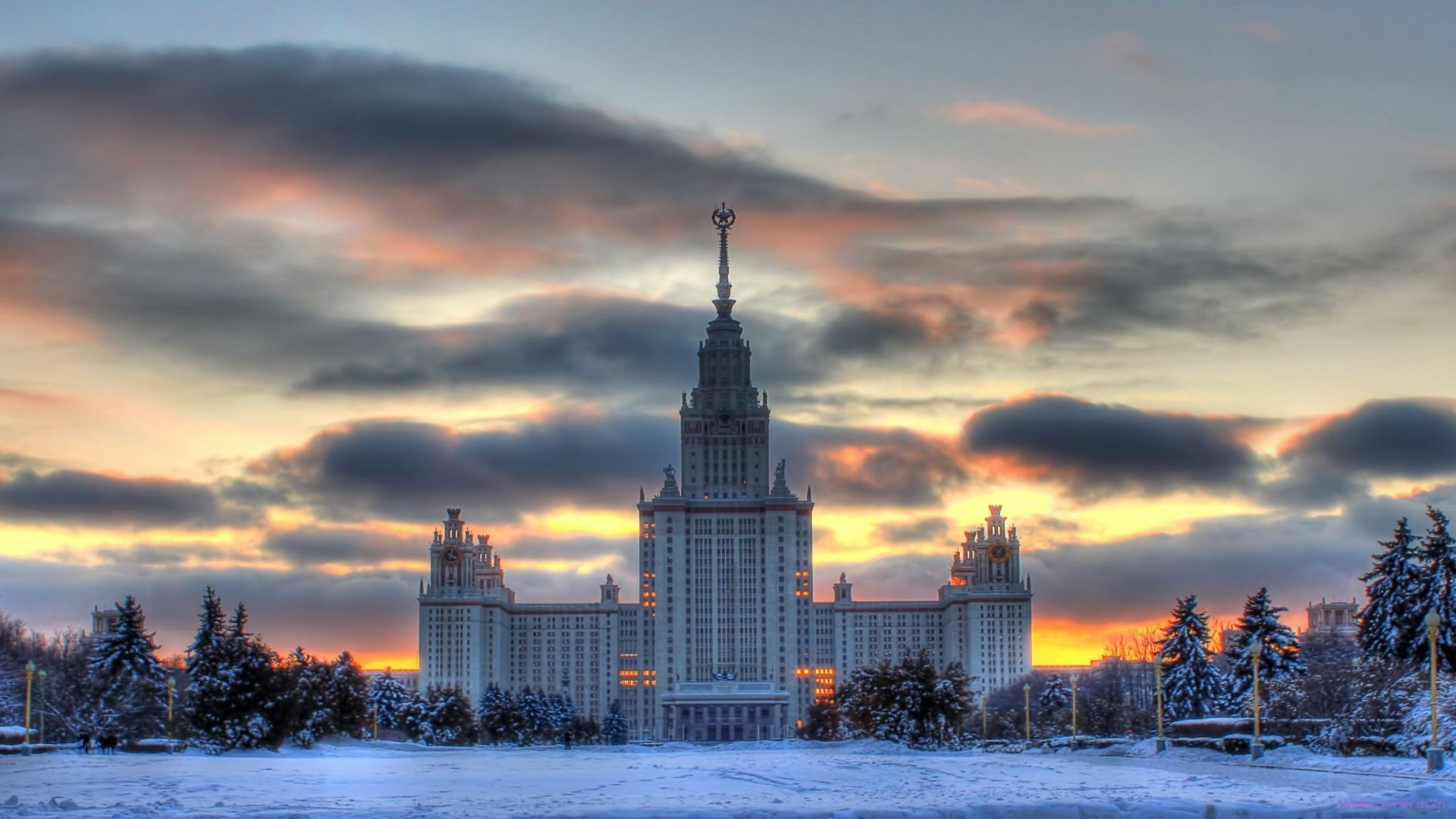 1920x1080 Government Building Old Soviet Union Kremlin Moscow Beauty Sky Winter  Clouds Trees Dual Monitor Background -
