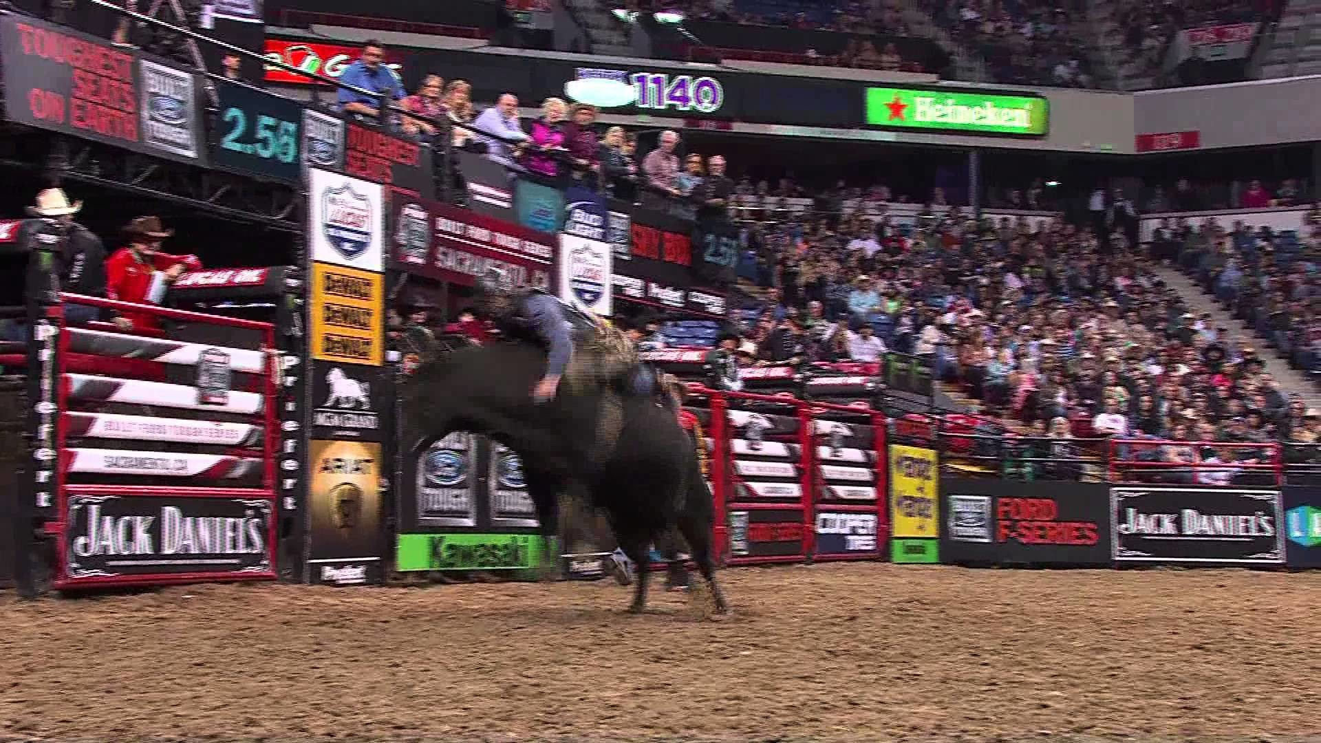 1920x1080 WRECK: Harve Stewart comes down hard off of Bobby (PBR)
