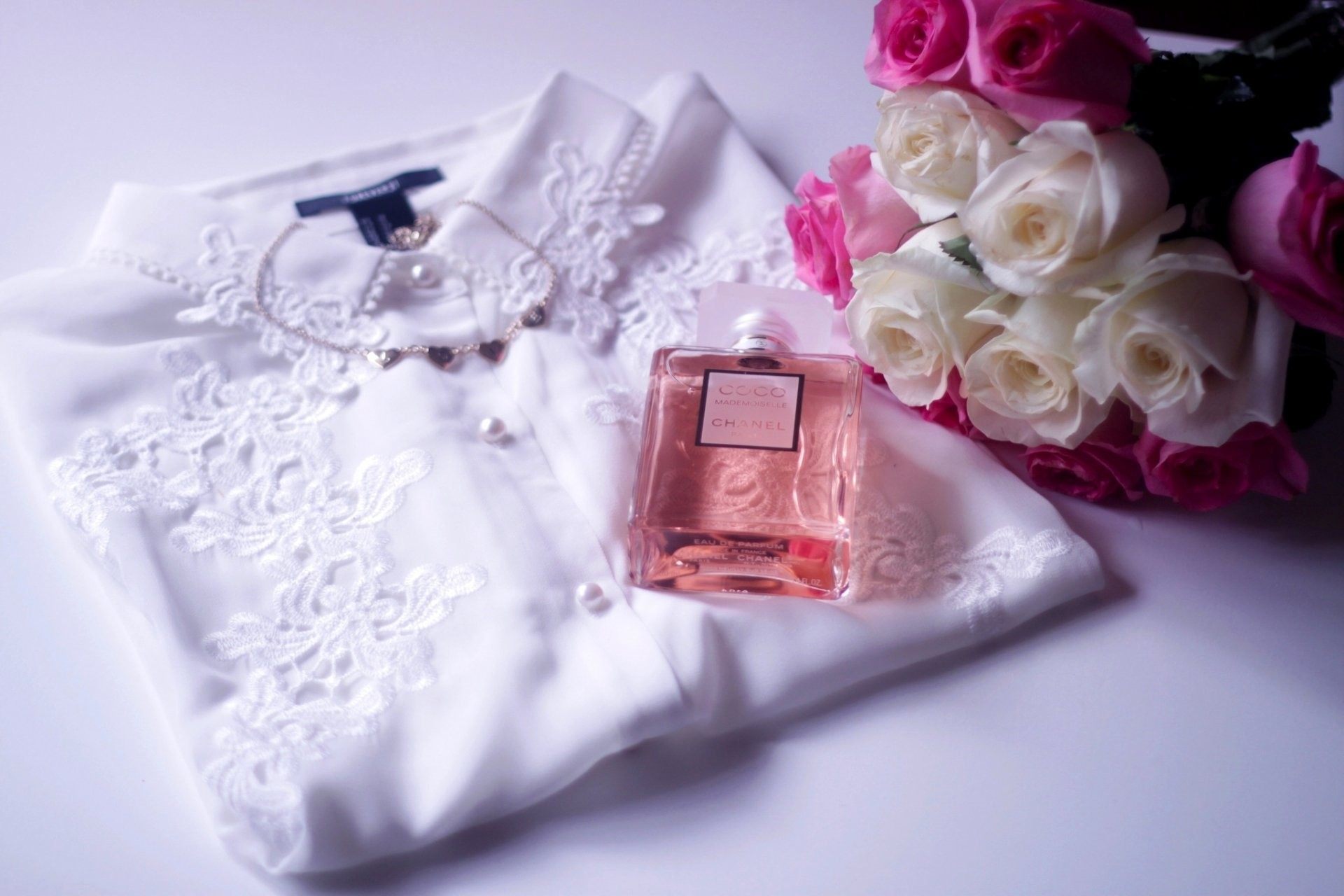 1920x1280 perfume chanel coco mademoiselle blouse shirt flower bouquet roses white  pink