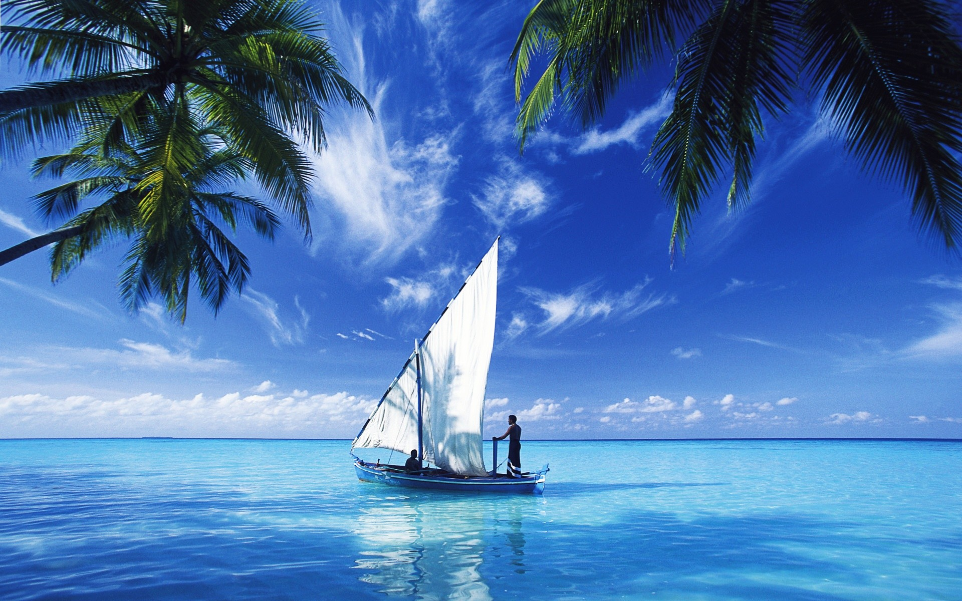 1920x1200 Sailing Over Indian Ocean Wallpapers : Hd Wallpapers