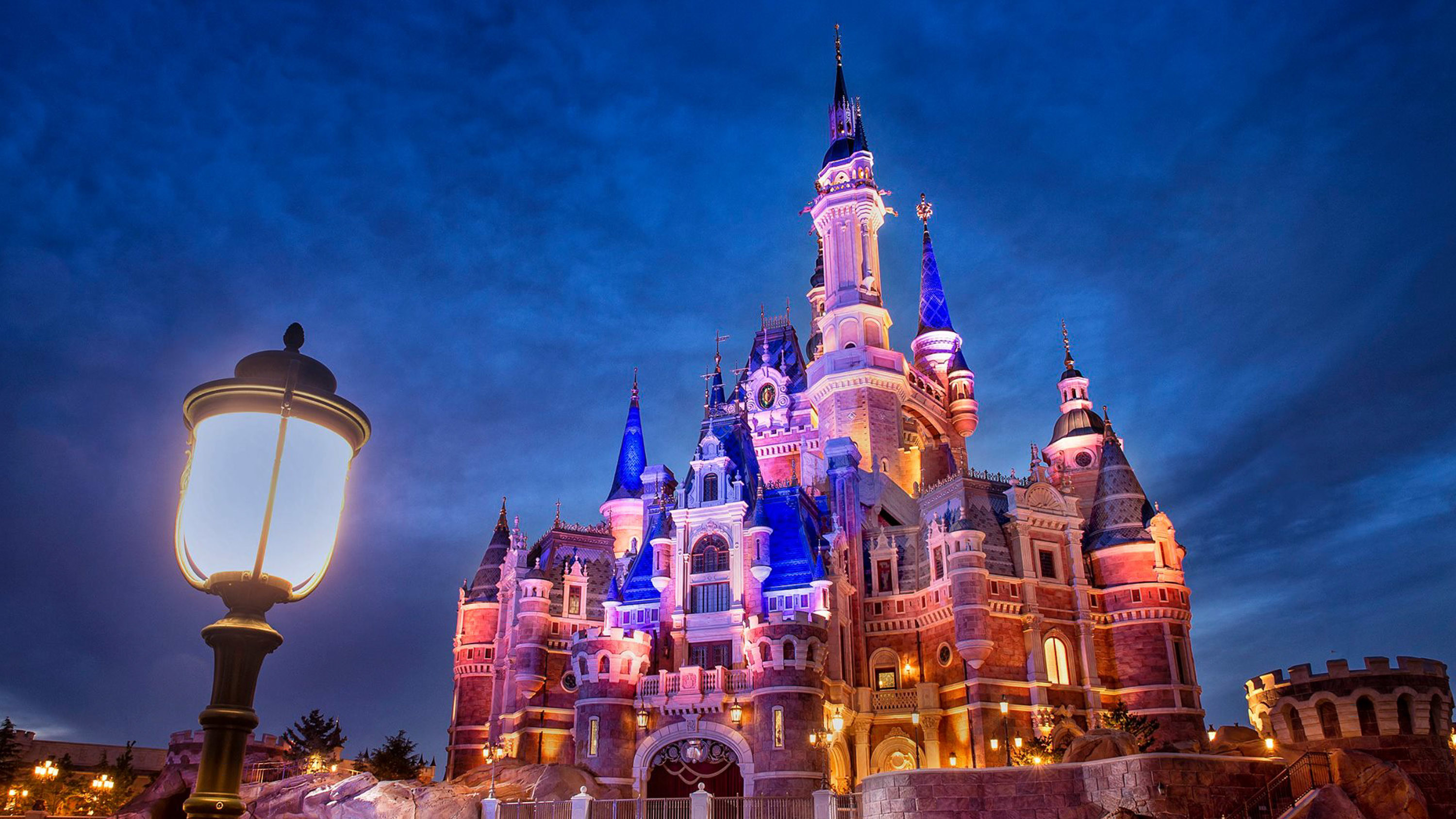 3000x1687 Enchanted Storybook Castle