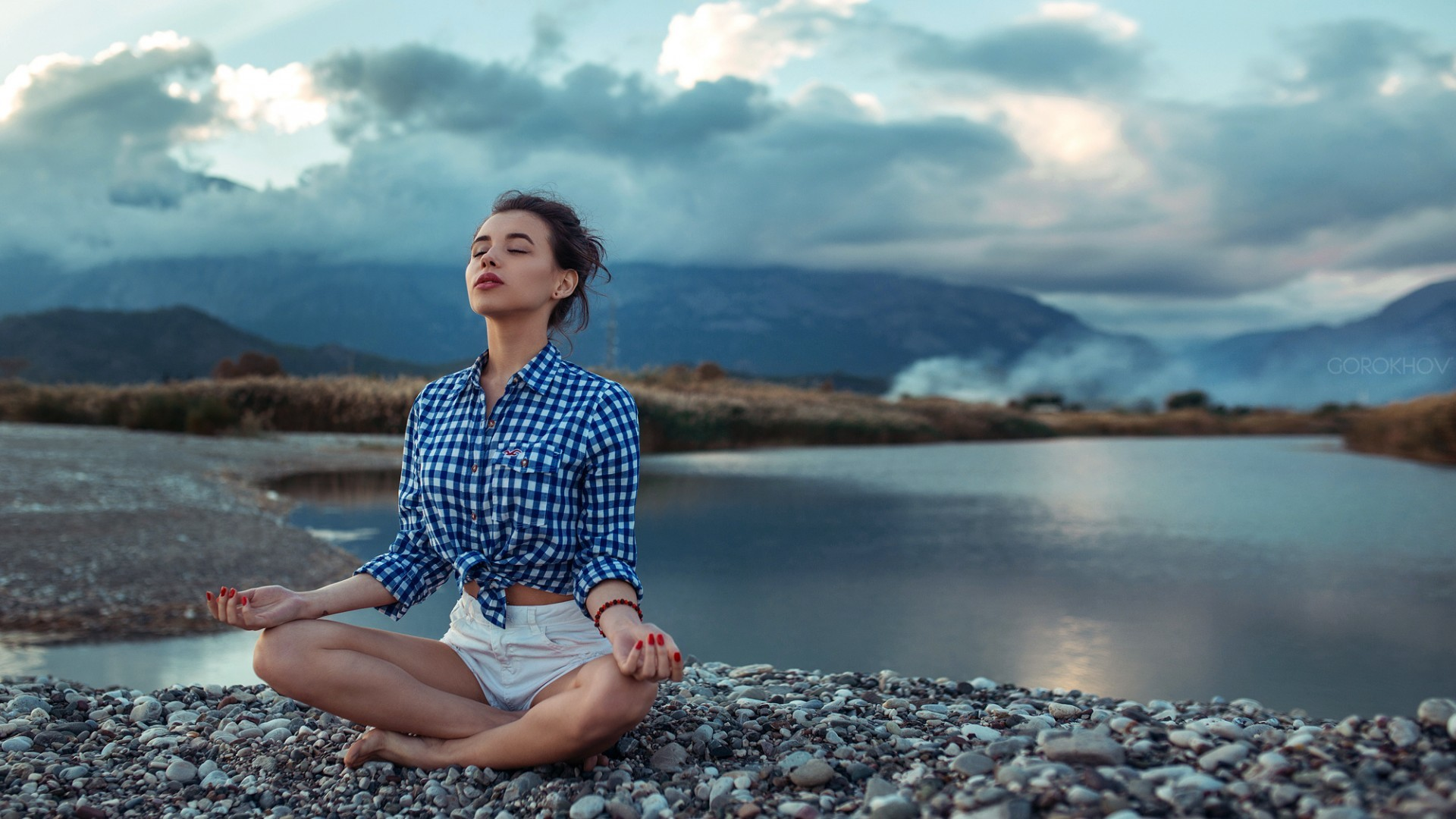 1920x1080 yoga girl sitting on a stones-river relaxing the sunshine feeling beautiful  wallpaper for desktop