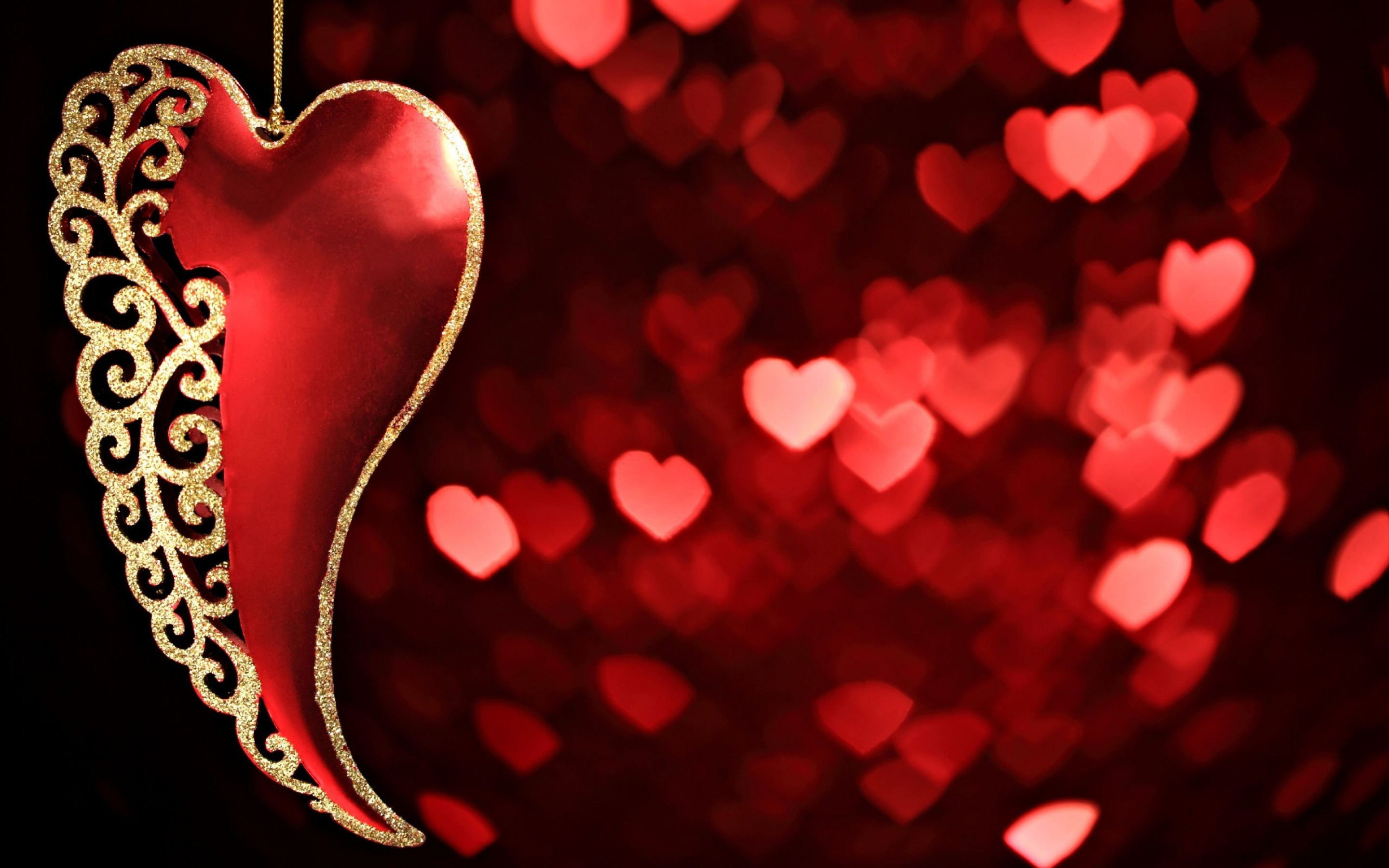 2880x1800  Red Heart Bokeh