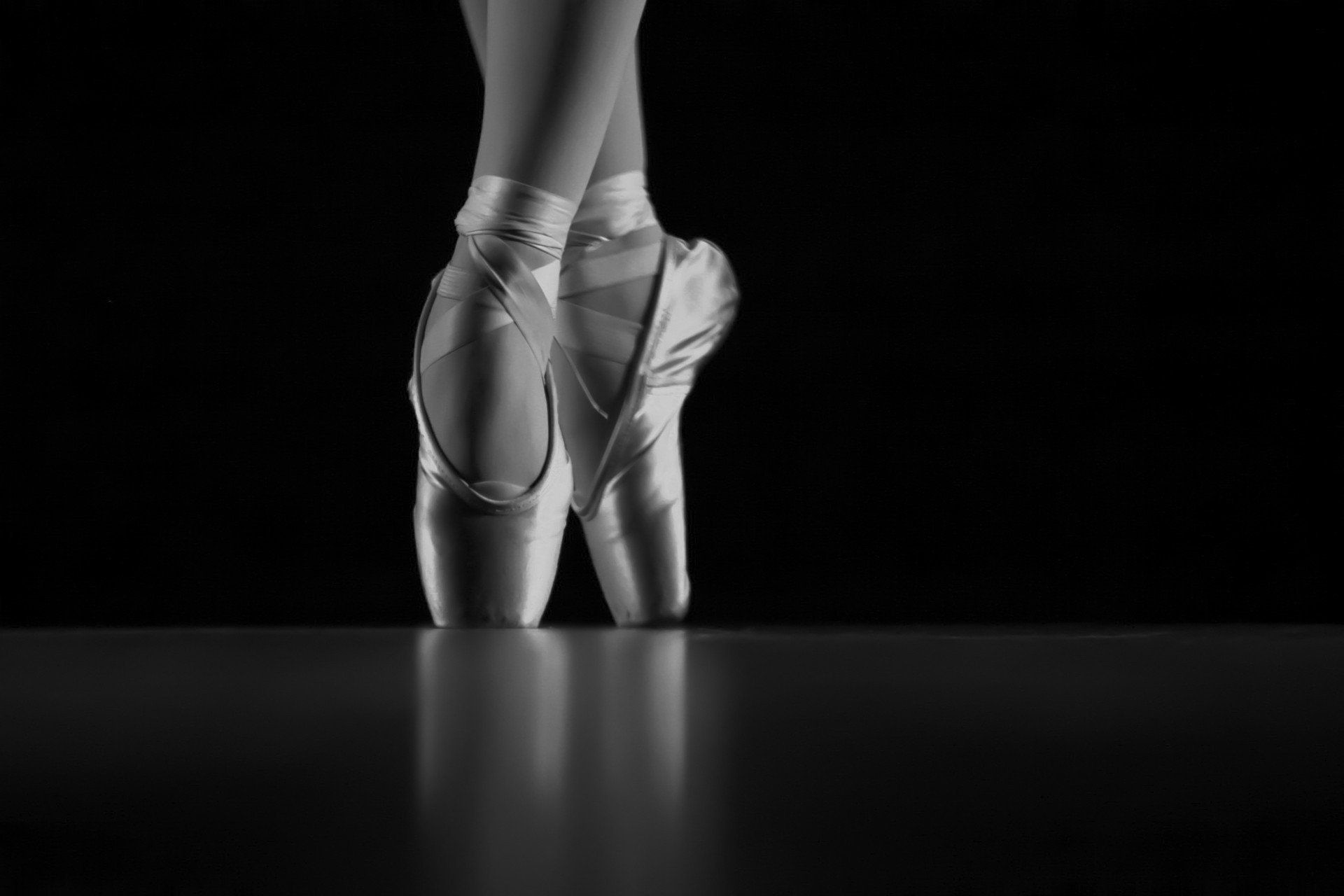 1920x1280 pointes ballet shoes monochrome HD wallpaper