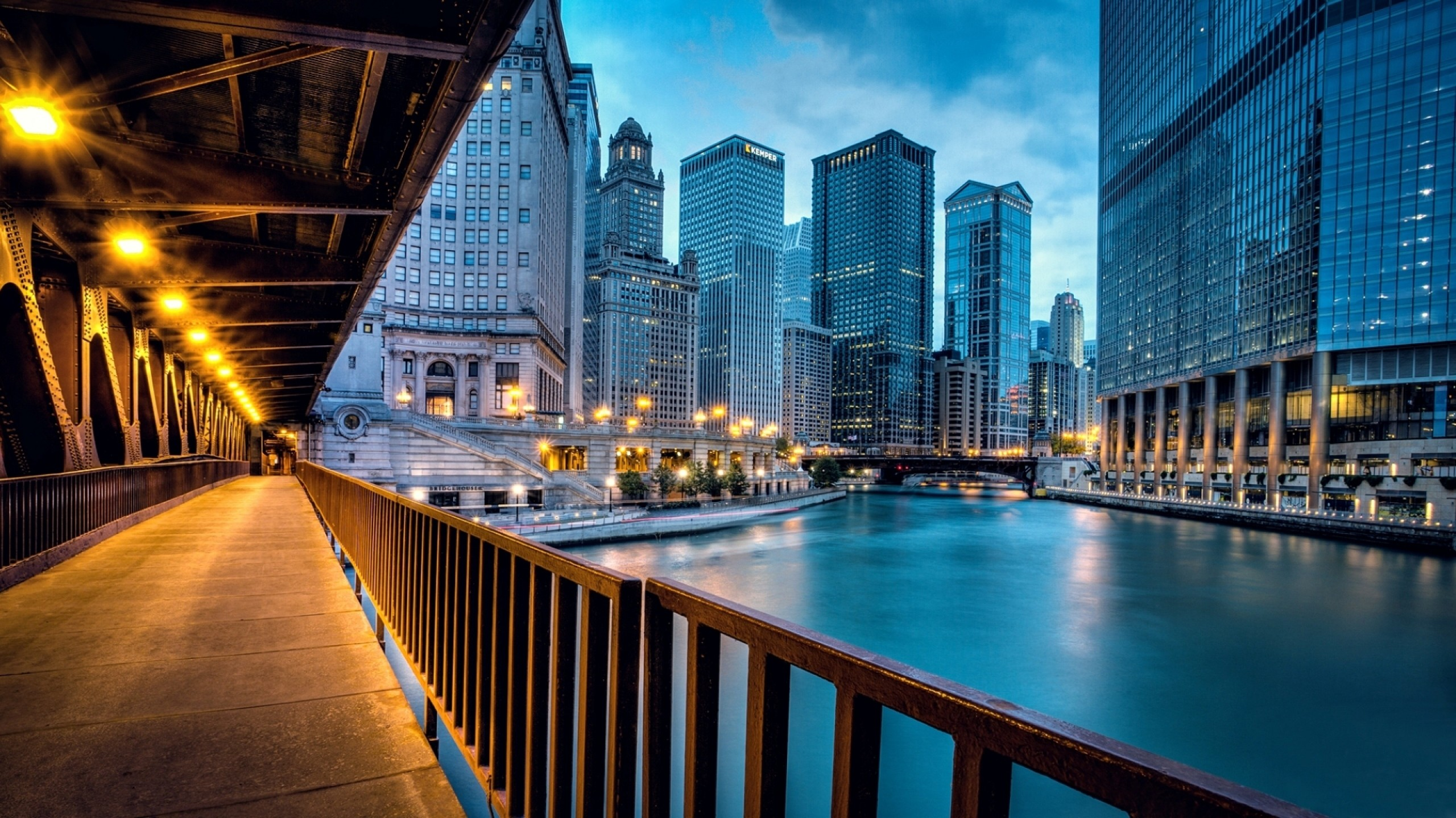 2560x1440 Preview wallpaper chicago, llinois, illinois, usa, united states, city,  evening