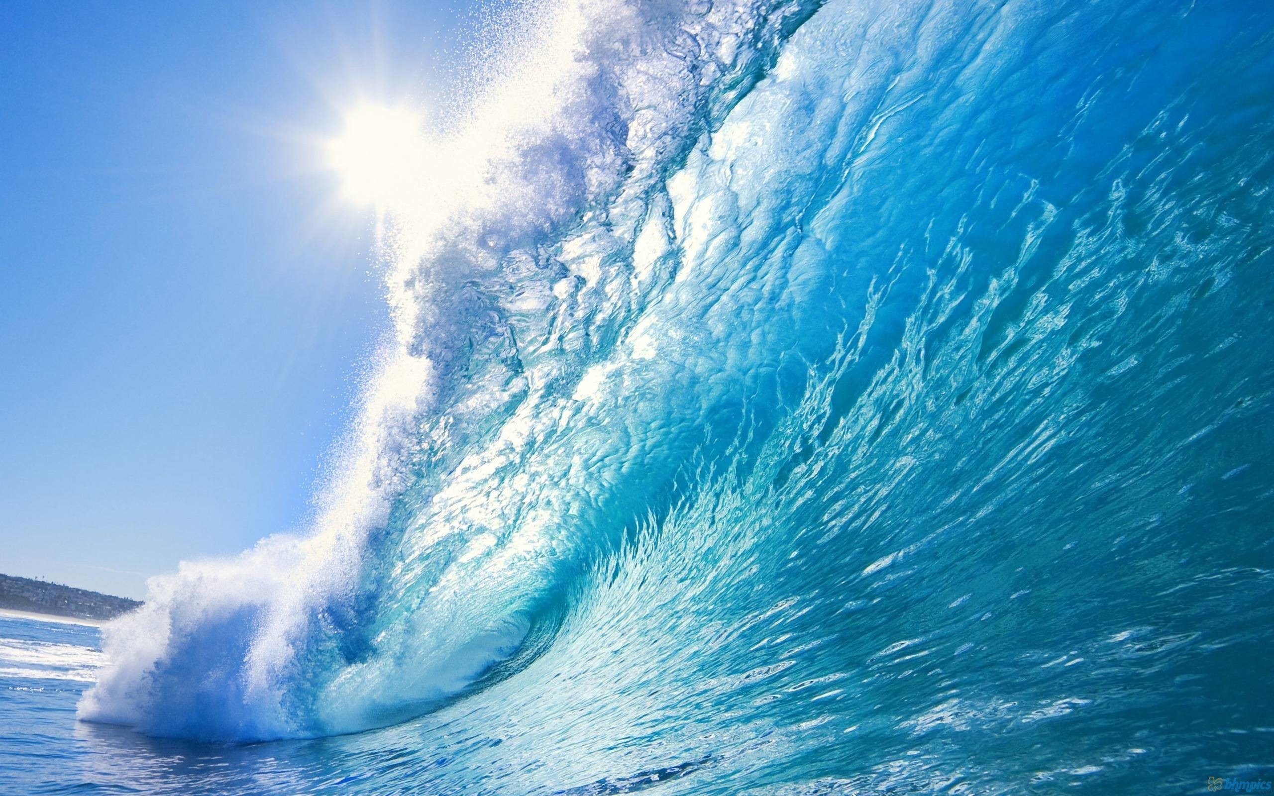 2560x1600 Big blue wave