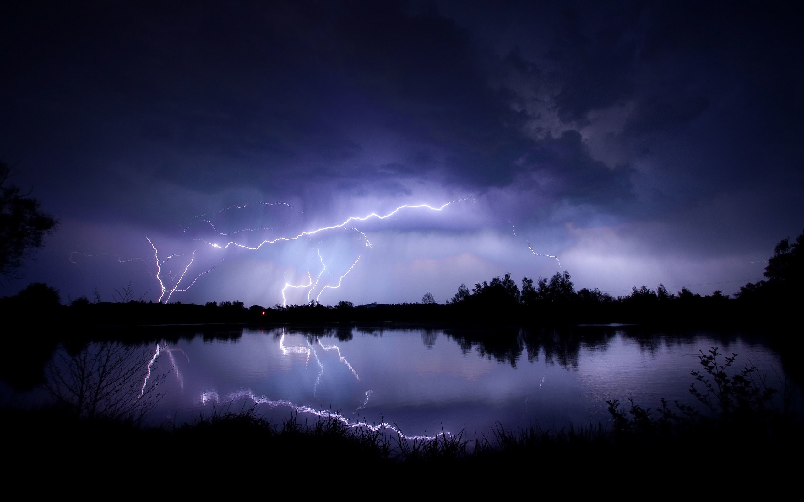 2560x1600 Storms for your Desktop Wallpaper http://www.thomascraigconsulting.