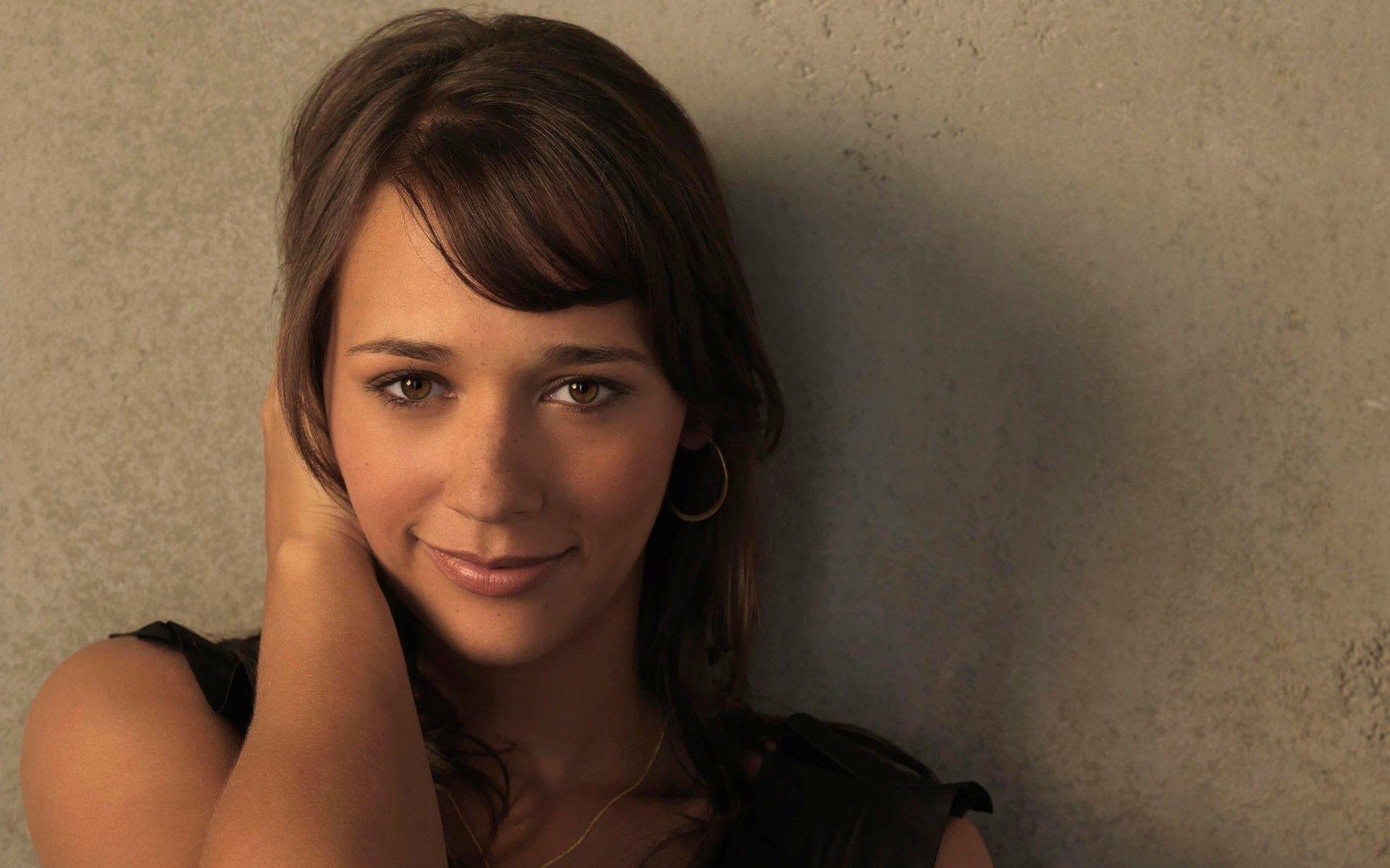 actress january jones christina hendricks mad men actors