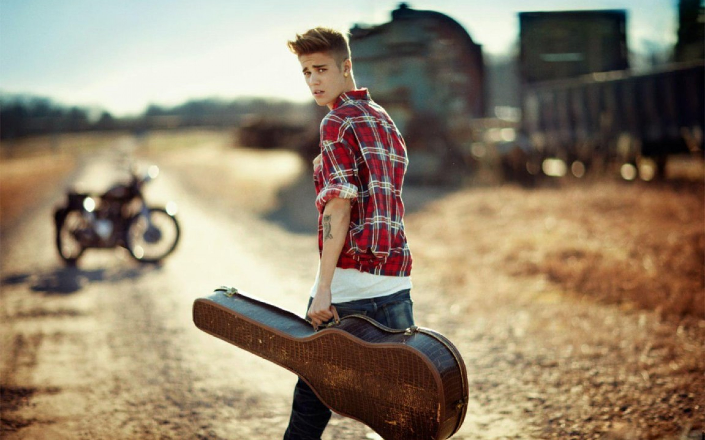 Alone Boy Hd Wallpaper 2018: Justin Bieber Wallpaper HD 2018 (64+ Images