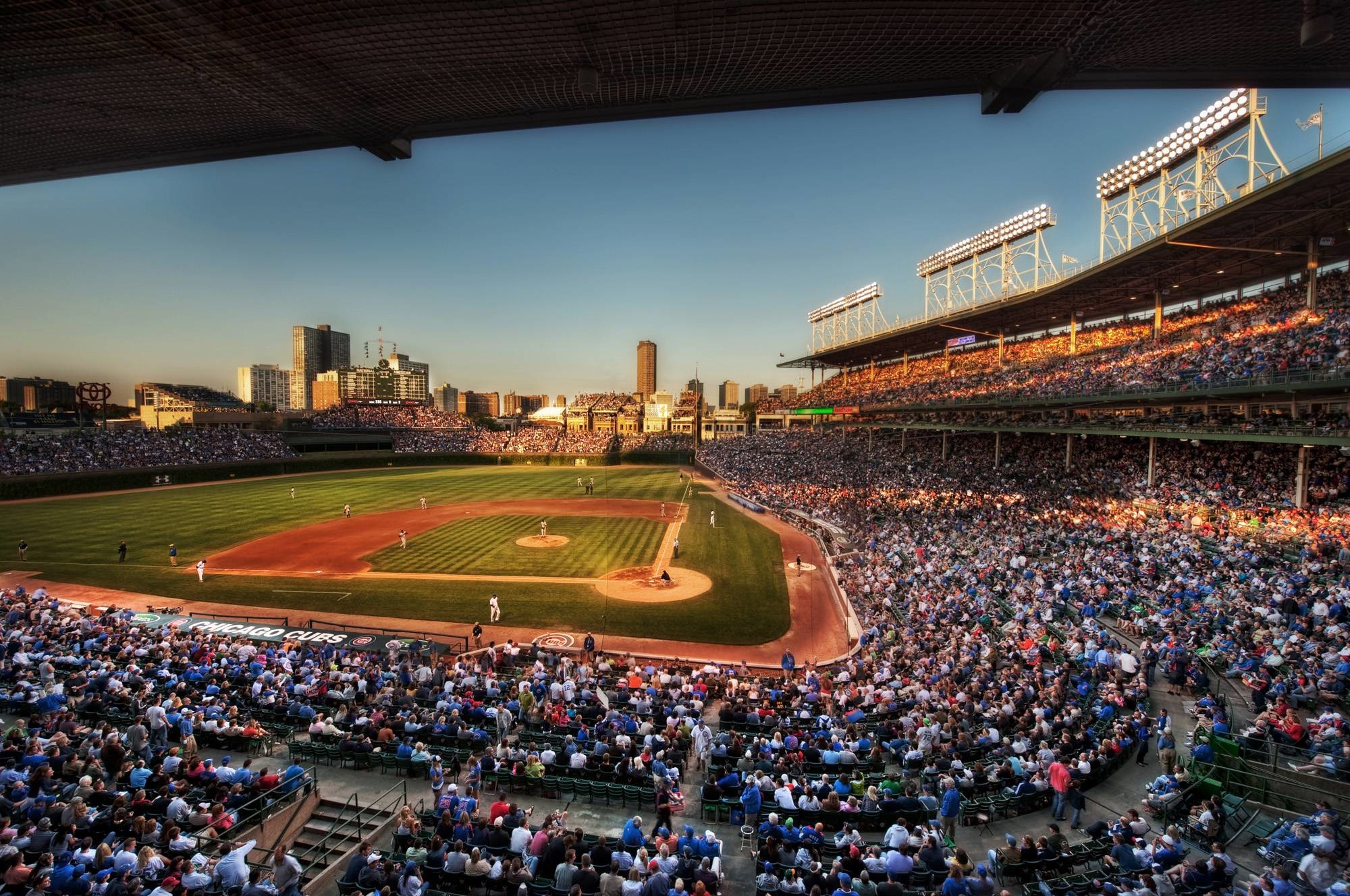 2000x1328 Beautiful shot of Wrigley Field (Makes a great wallpaper) ...
