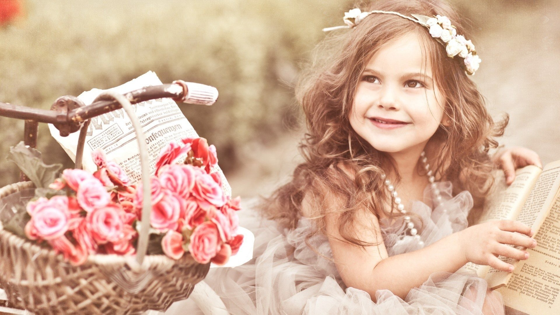 1920x1080 stylish baby girl. beautiful_baby_with_book-