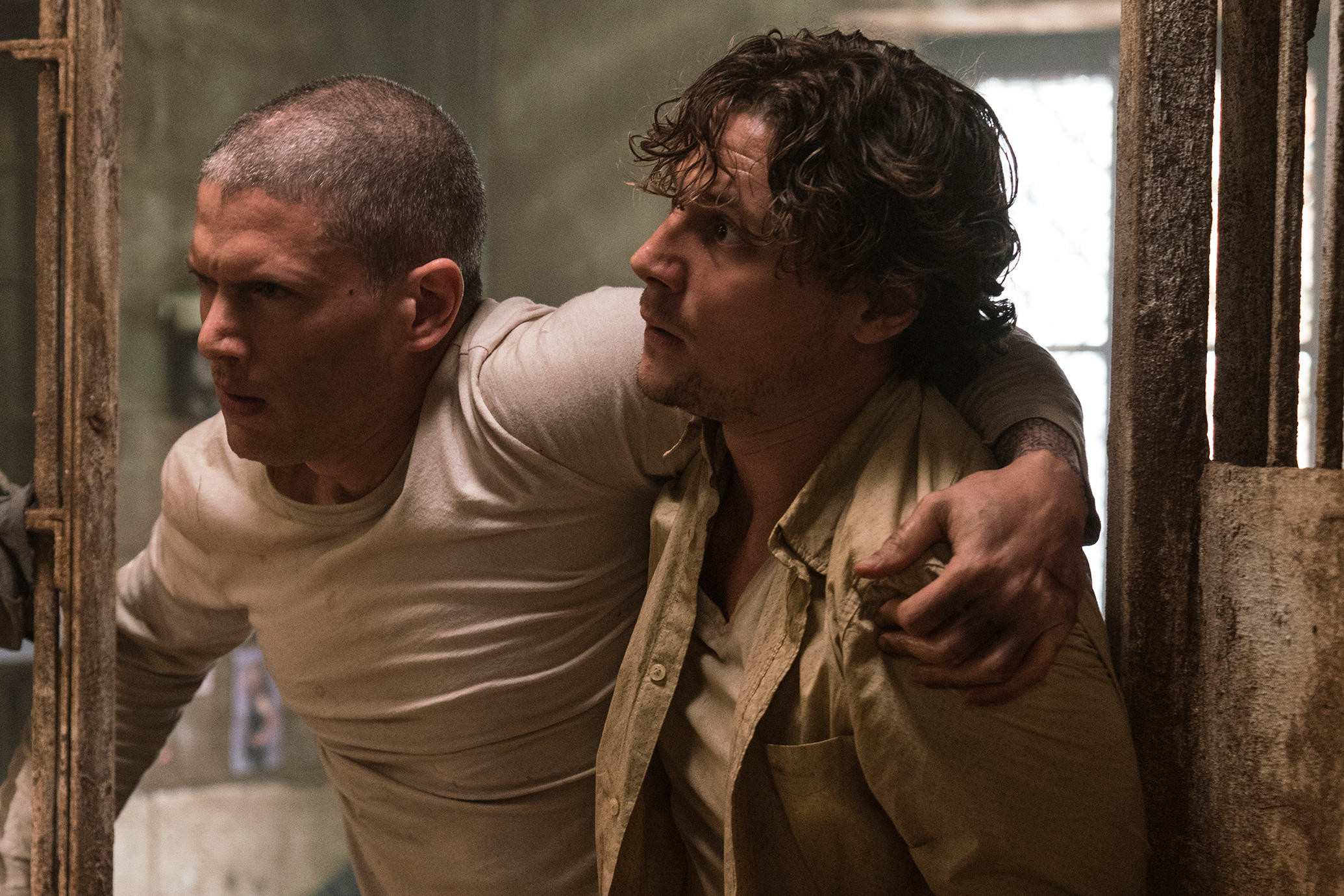 2070x1380 Wentworth Miller and Augustus Prew, Prison Break