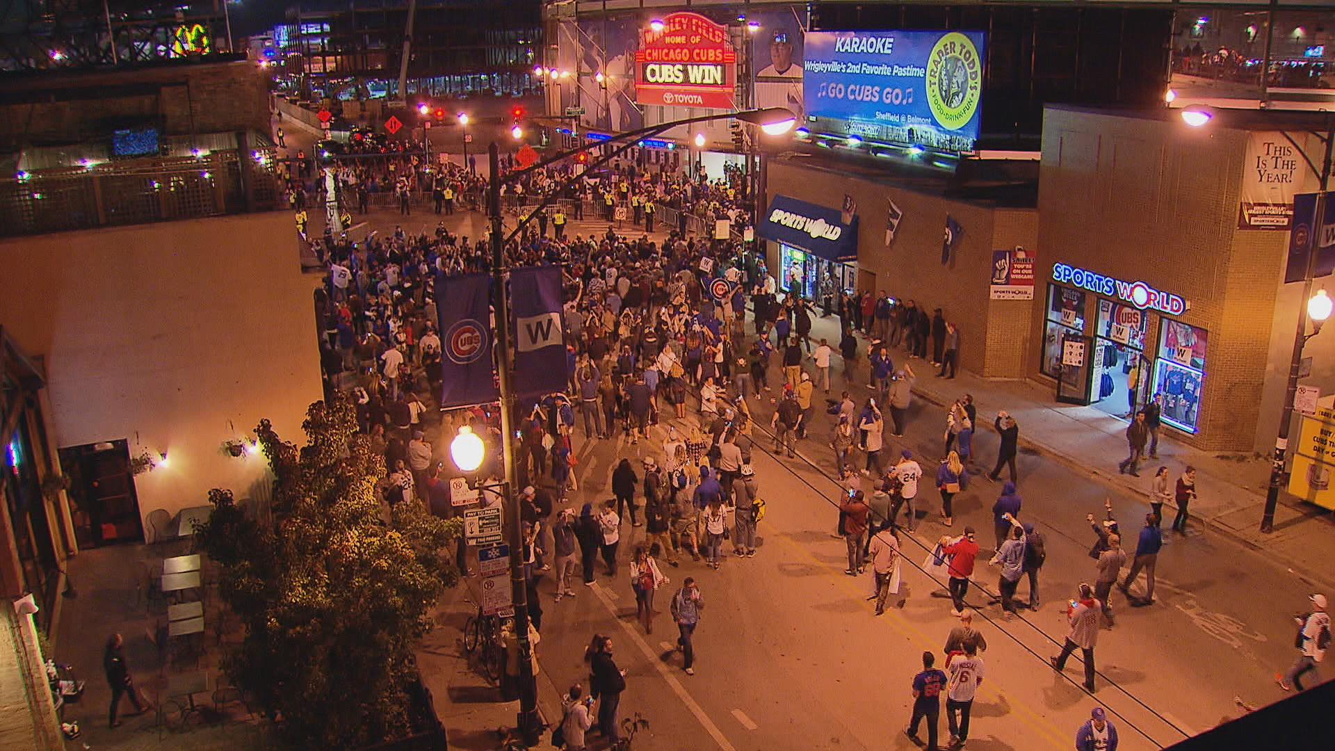 1920x1080 Cubs fans pour into the streets near the intersection of Addison and Clark  streets last October