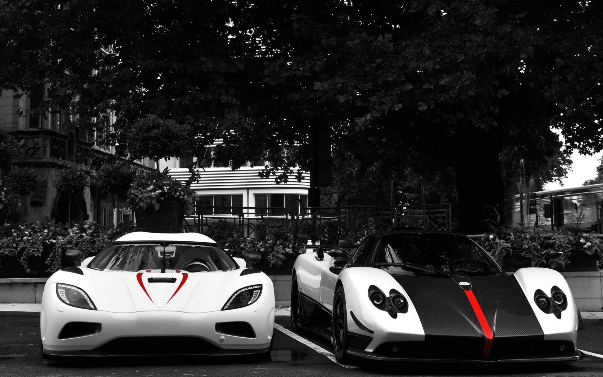 1920x1200 White Koenigsegg Agera R VS Black & White Pagani Zonda  wallpaper