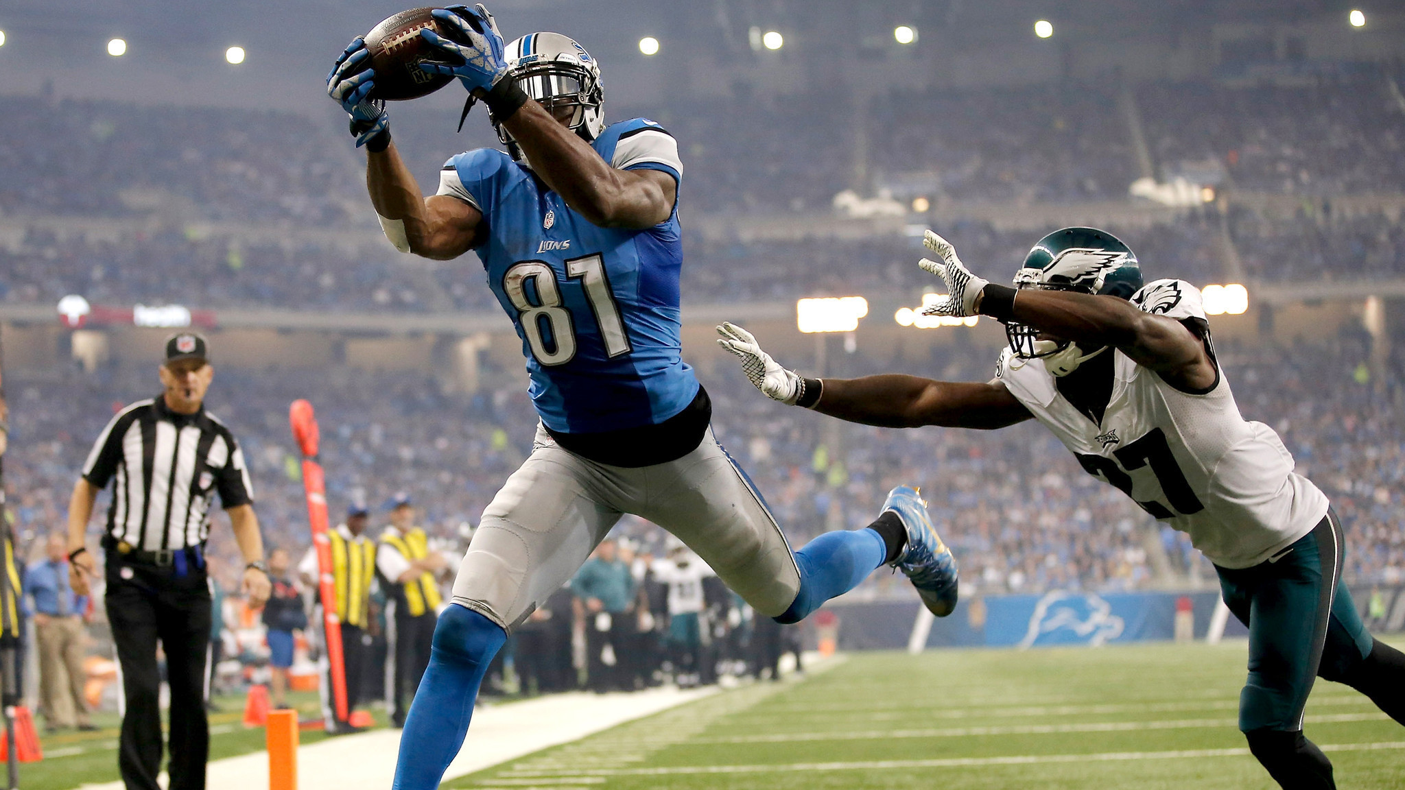 2048x1152 Matthew Stafford and Calvin Johnson lead Lions to 45-14 rout of Eagles - LA  Times