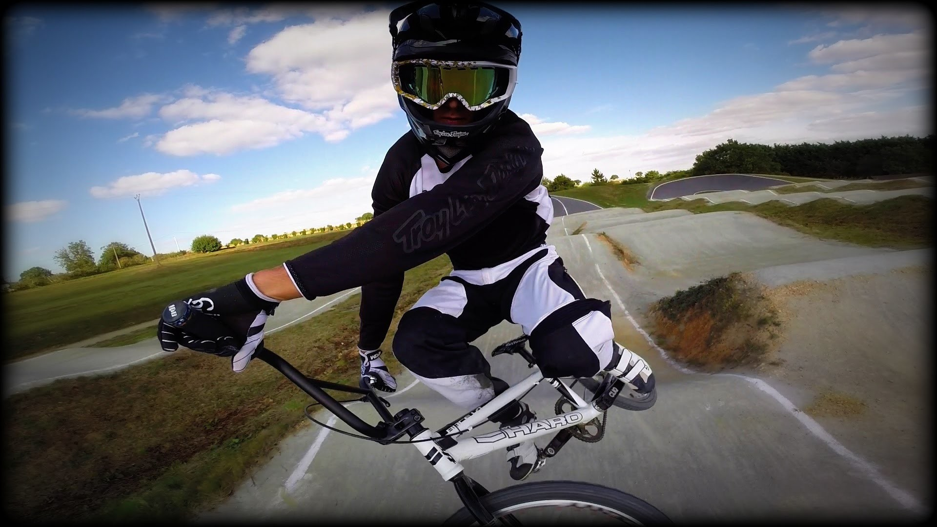 Cool Bmx Wallpapers 65 Images