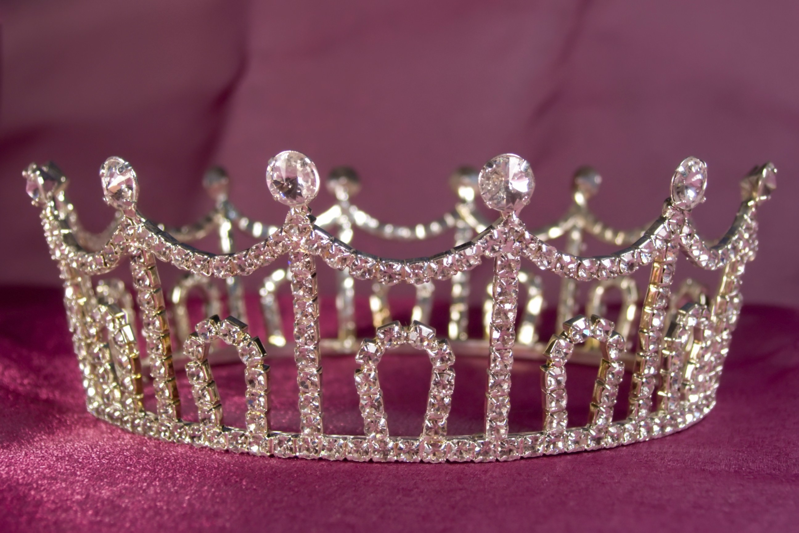 Princess Crown Wallpaper (48+ images)