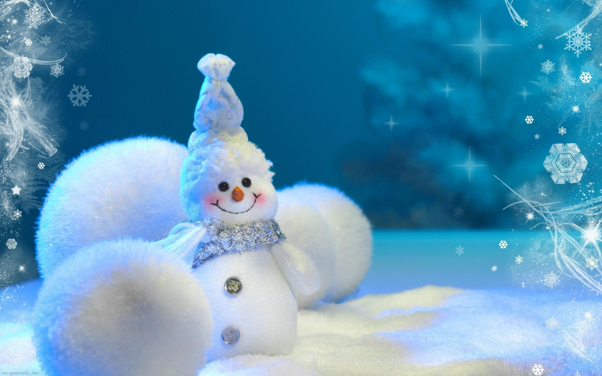1920x1200 Choose bellow for your favorite Snowman wallpaper. Snowman is being made  during Christmas time, and is very popular among kids.