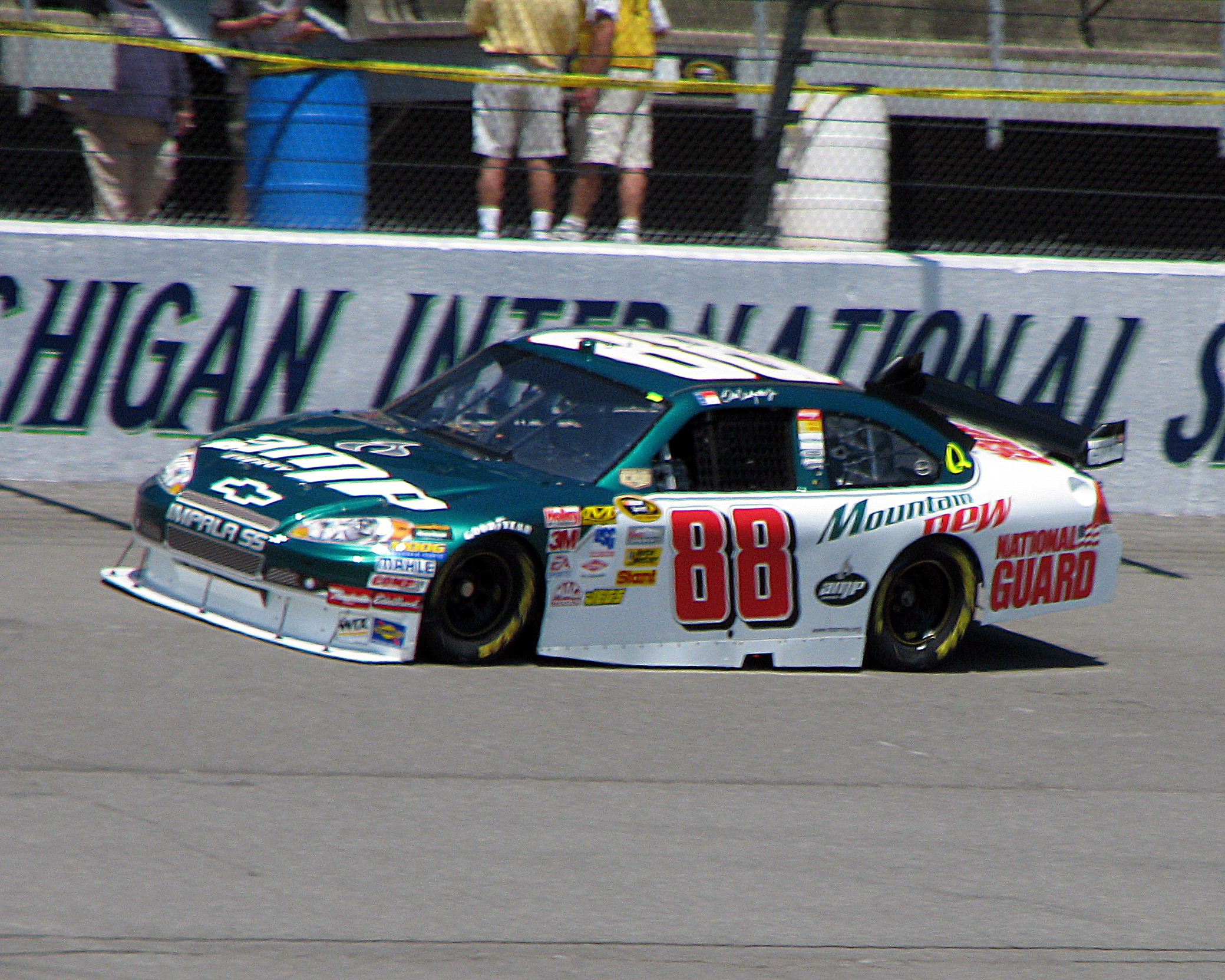 2079x1663 File:Dale Earnhardt Jr.jpg