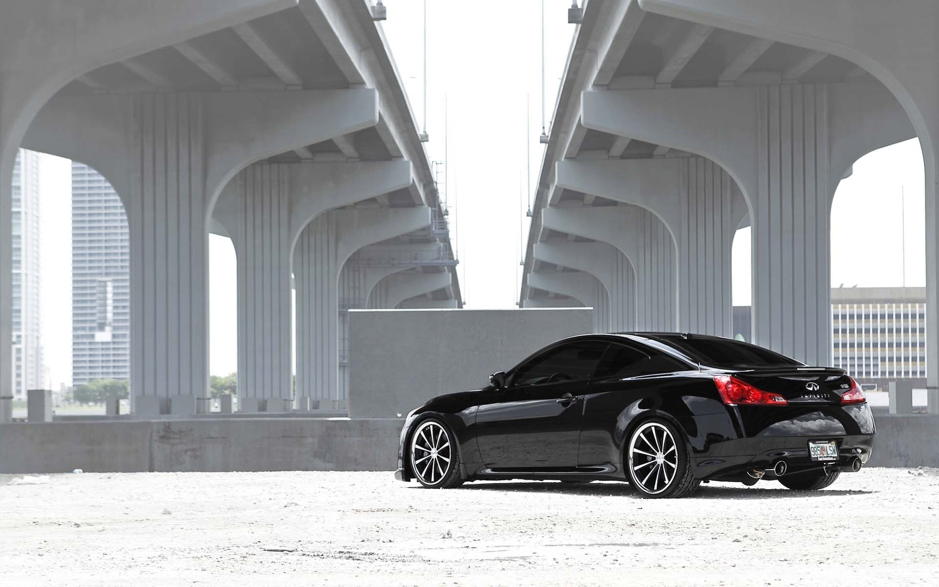 1920x1200 Infiniti Coupe Rear And Side Wallpaper Infiniti Cars Wallpapers)  U2013 Art Wallpapers