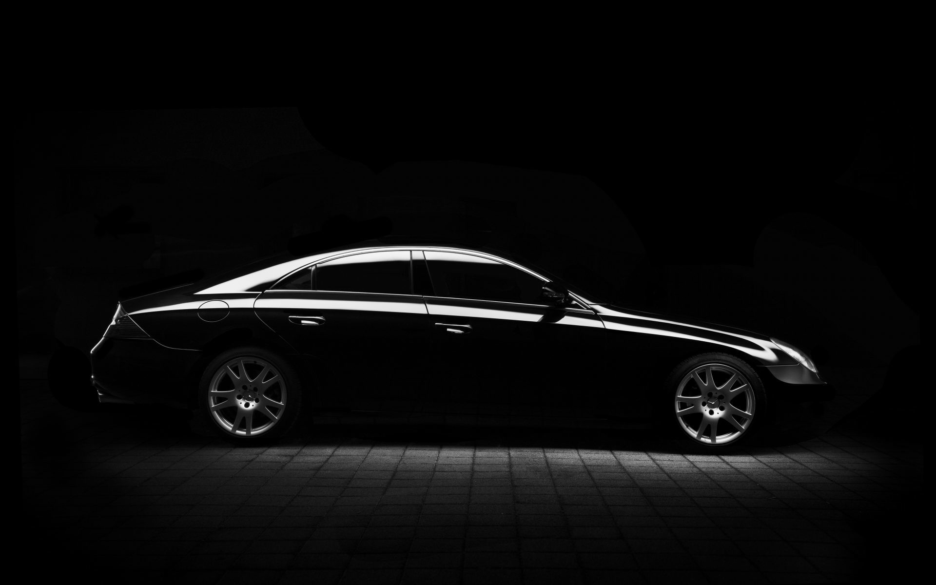 1920x1200 lovely black car wallpaper with black background