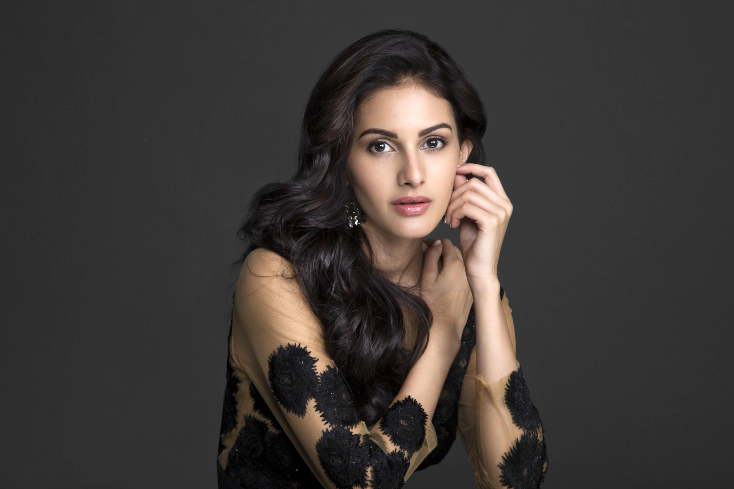 Bollywood Actress Wallpaper HD 2018 (74+ images)
