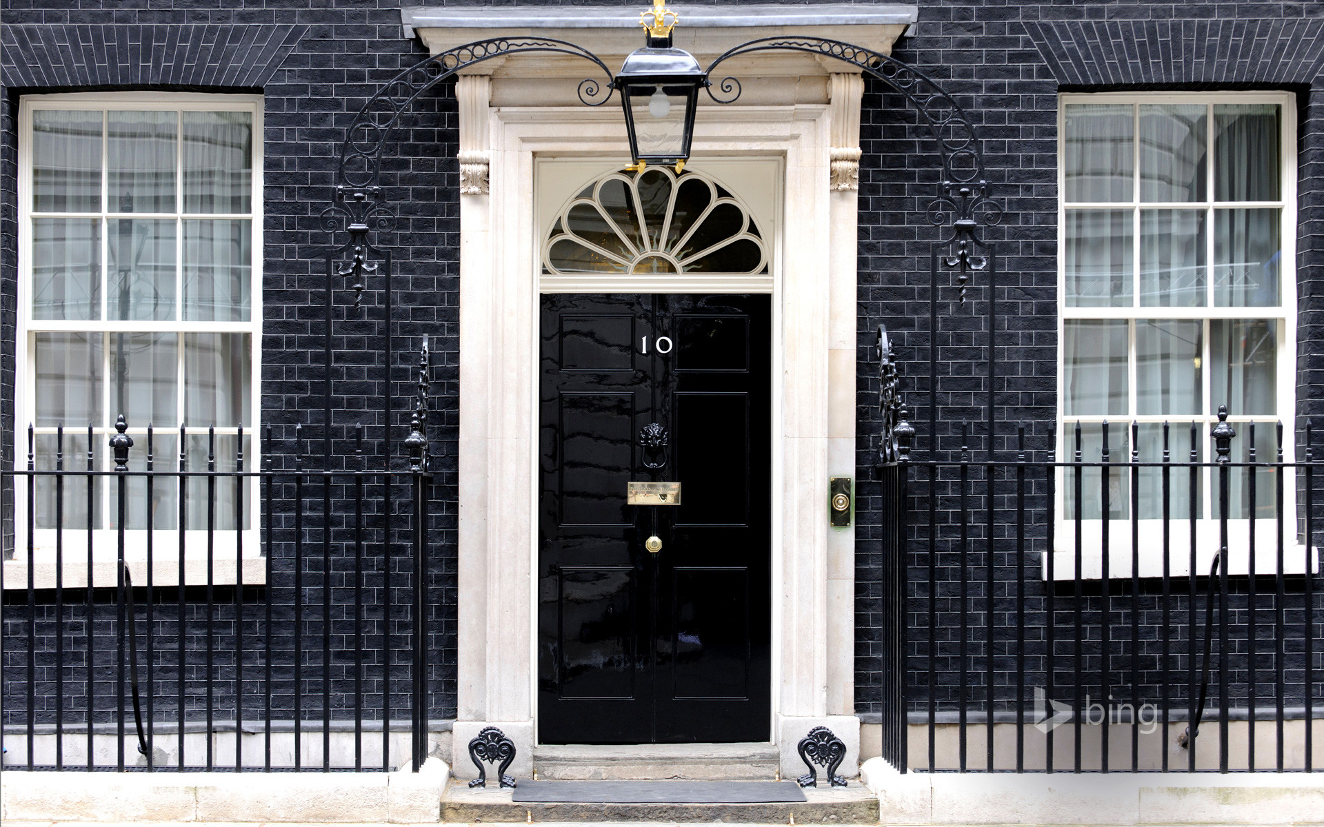 1920x1200 ... 10 Downing Street, Whitehall, London (© Nathan King/Alamy)