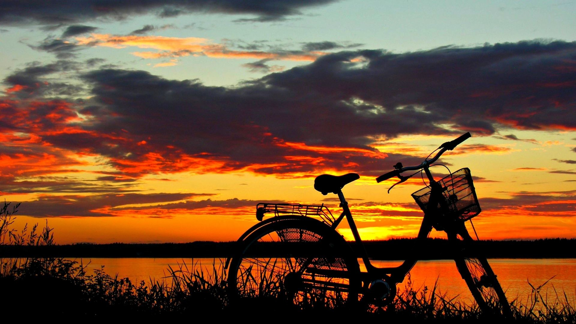 1920x1080 Bike Tag - Beautiful Sunset Grass Sunlight Peaceful Lake Red Amazing  Silhouette Evening Bike Bicycle Sky